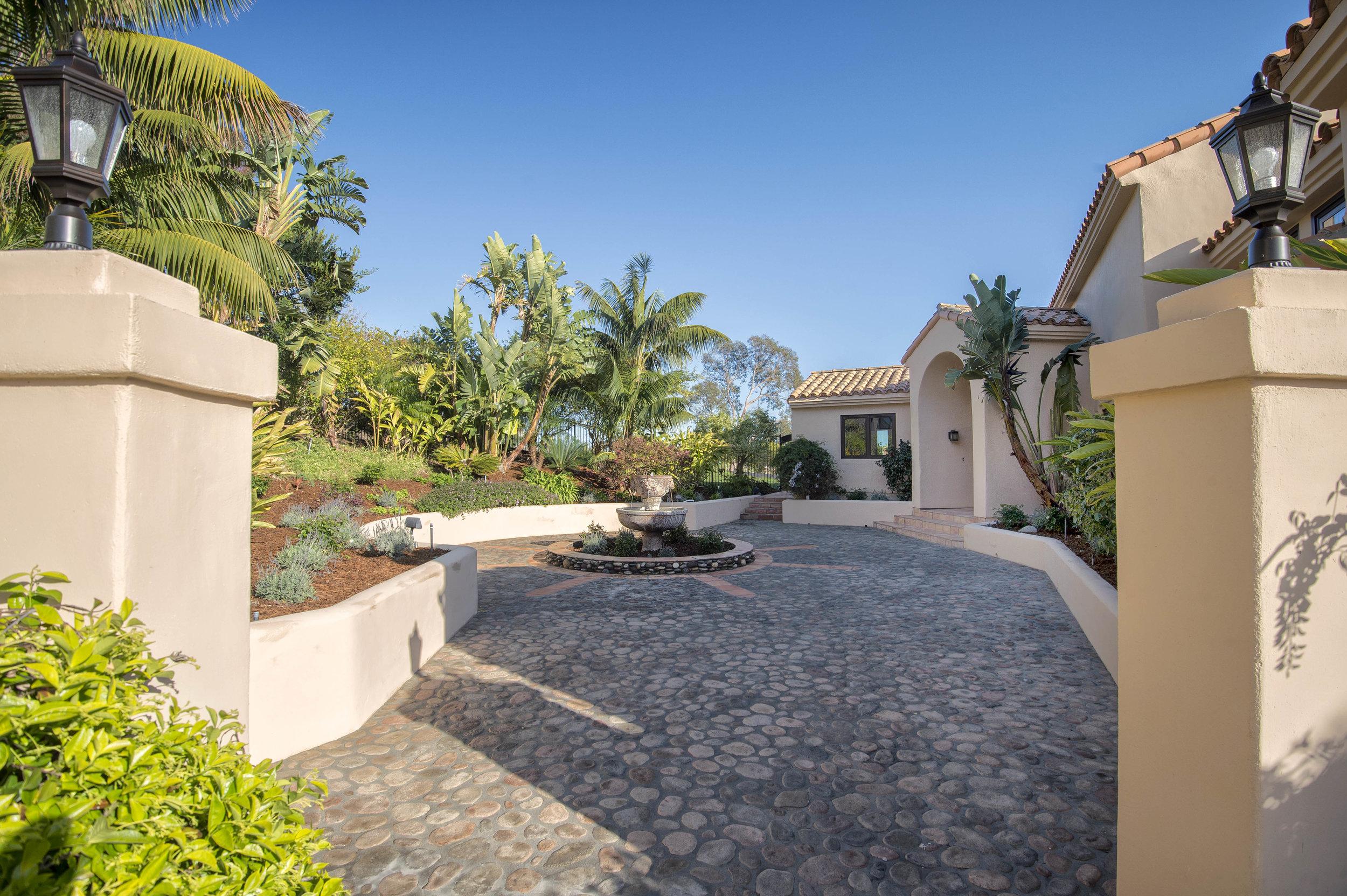 021 Driveway 6130 Via Cabrillo For Sale Lease The Malibu Life Team Luxury Real Estate.jpg