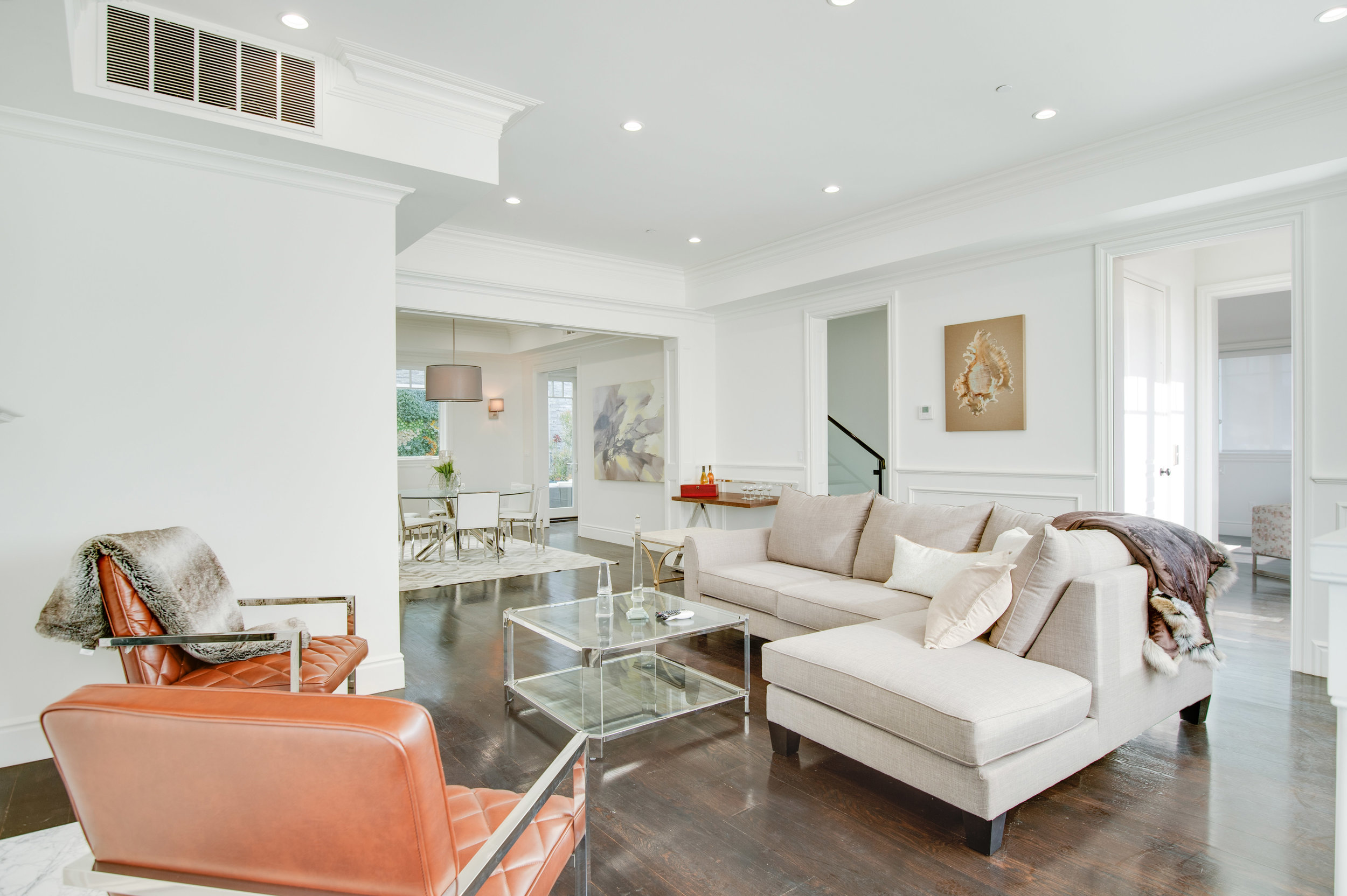 006 Living Room 17819 Castellammare Drive Pacific Palisades For Sale Lease The Malibu Life Team Compass Luxury Real Estate.jpg