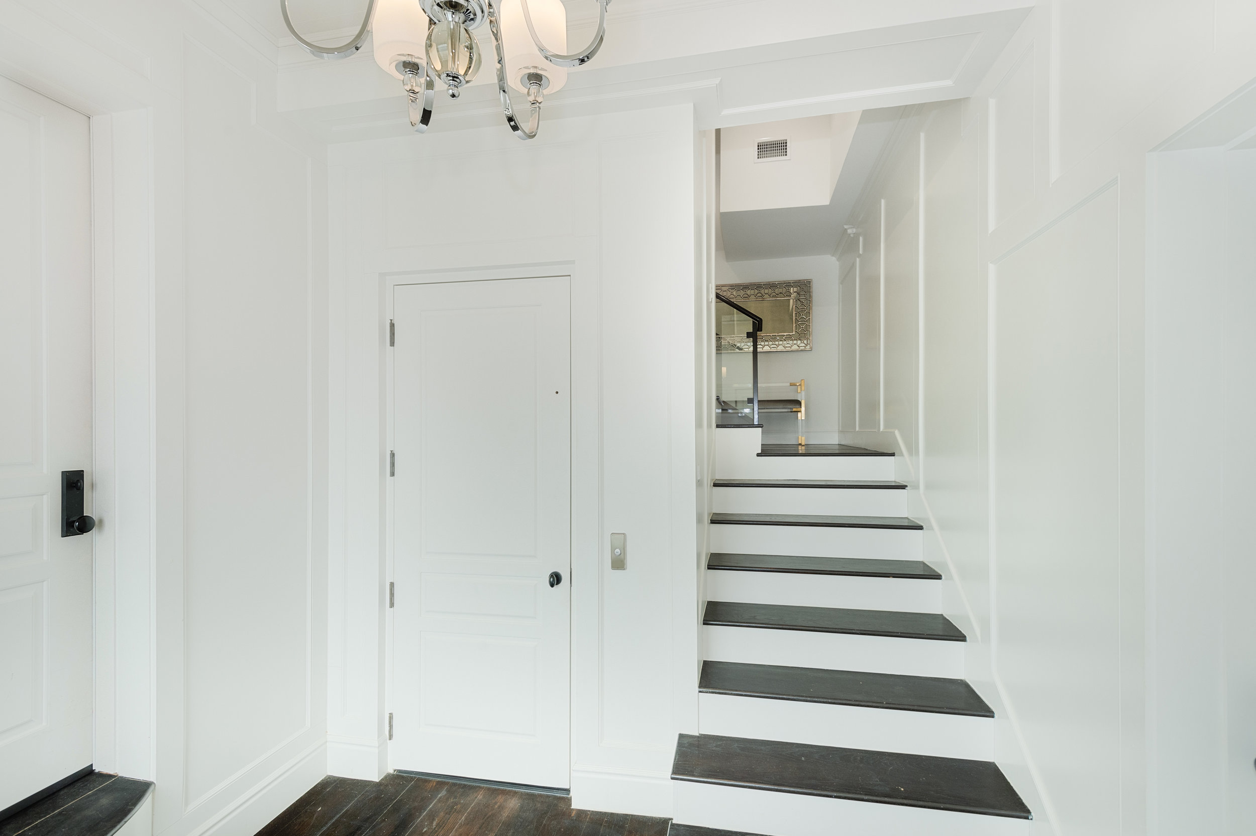 024 Entry 17819 Castellammare Drive Pacific Palisades For Sale Lease The Malibu Life Team Compass Luxury Real Estate.jpg