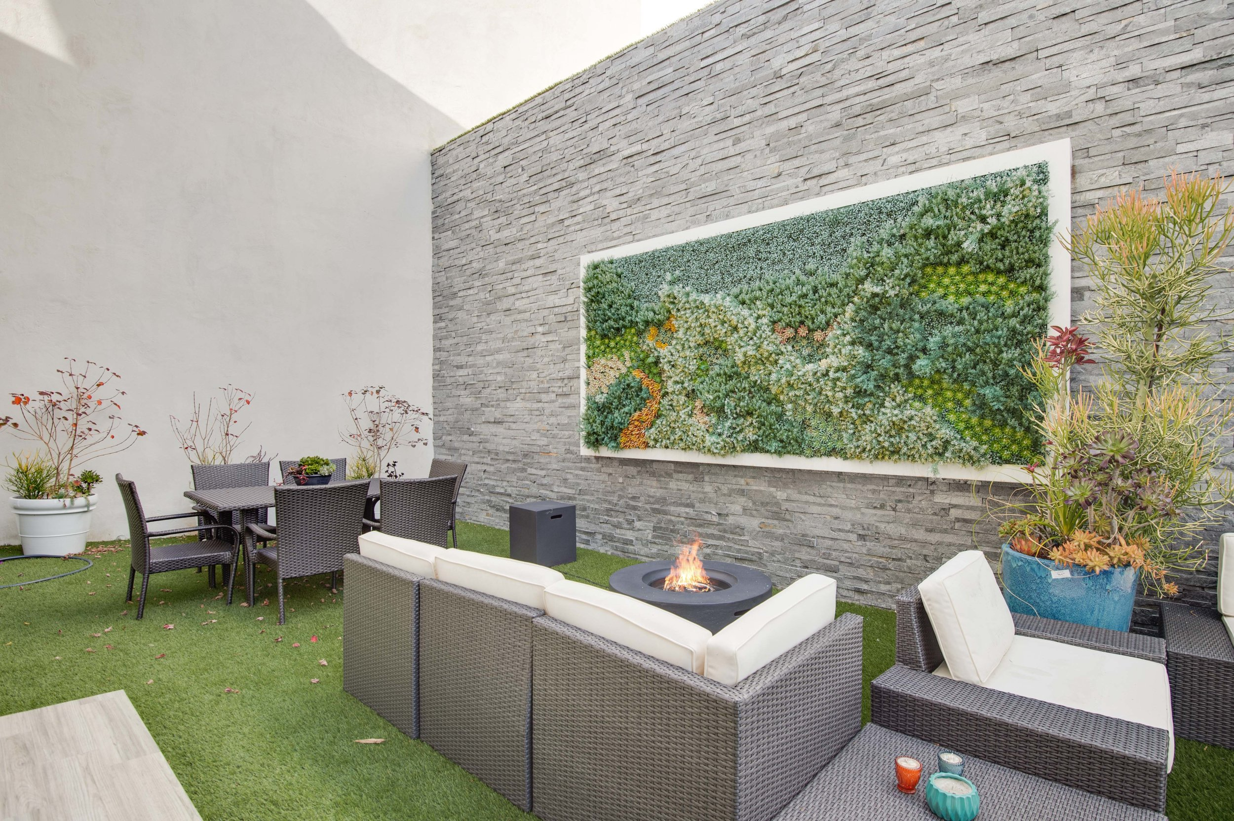 027 Back 17819 Castellammare Drive Pacific Palisades For Sale Lease The Malibu Life Team Compass Luxury Real Estate.jpg