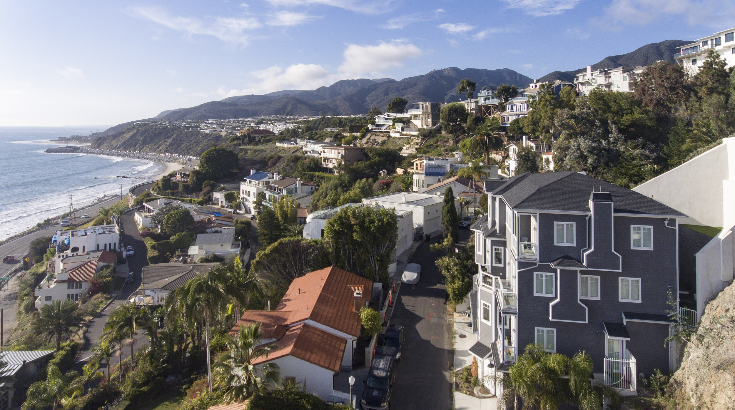 030 Aerial 17819 Castellammare Drive Pacific Palisades For Sale Lease The Malibu Life Team Compass Luxury Real Estate.jpg