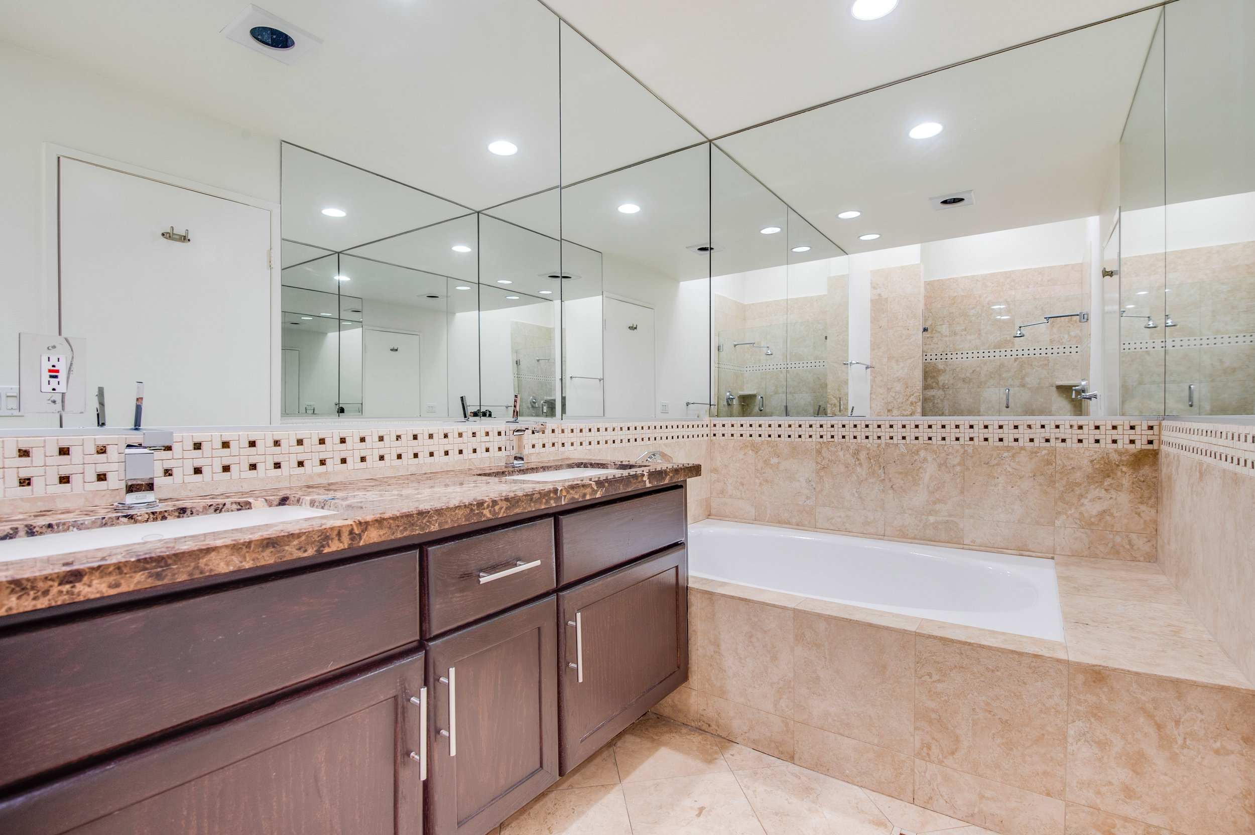 011 Master Bathroom 1735 Malcolm Avenue For Sale Lease The Malibu Life Team Luxury Real Estate.jpg