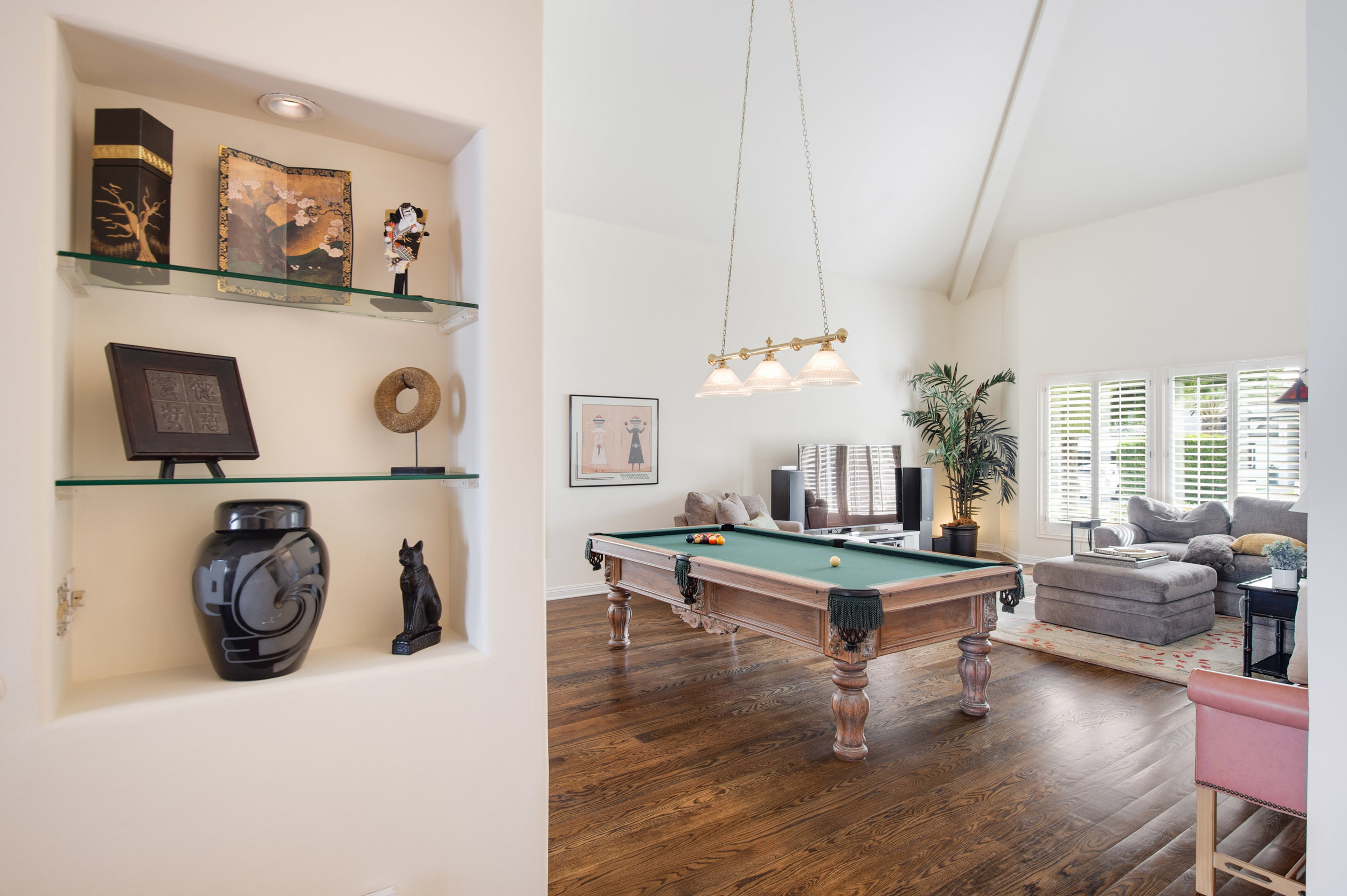 011 Living Room 12027 Talus Place Beverly Hills 90210 For Sale Lease The Malibu Life Team Luxury Real Estate.jpg