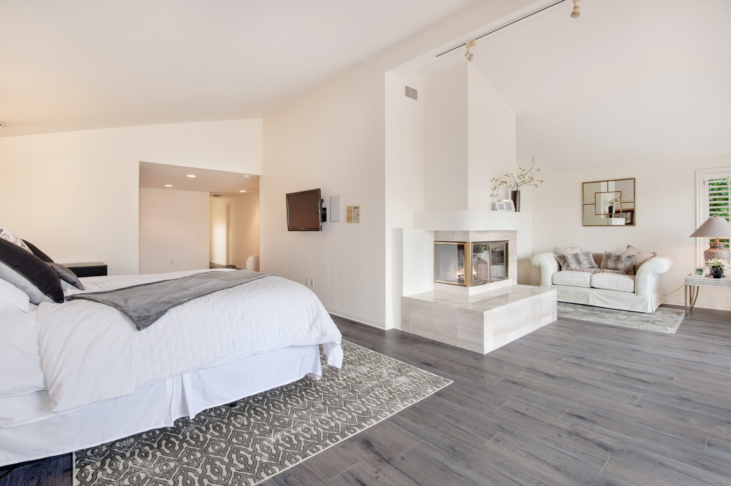 013 Master Bedroom 12027 Talus Place Beverly Hills 90210 For Sale Lease The Malibu Life Team Luxury Real Estate.jpg