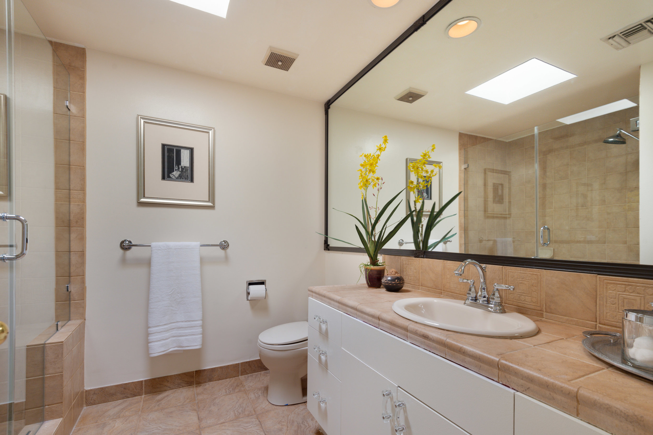 020 Bathroom 12027 Talus Place Beverly Hills 90210 For Sale Lease The Malibu Life Team Luxury Real Estate.jpg