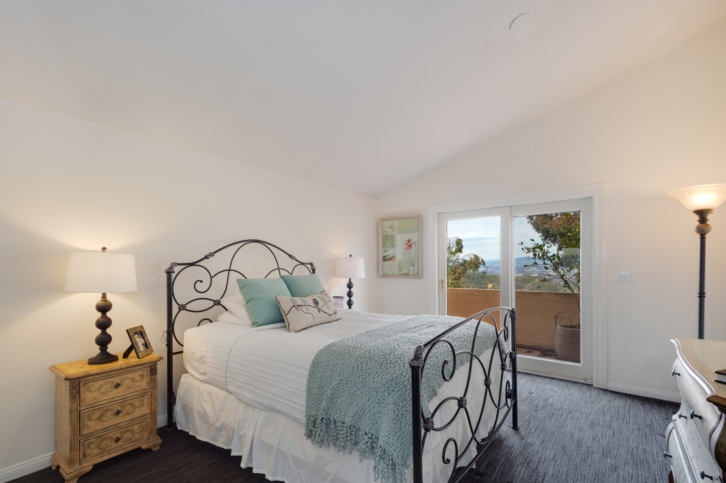 024 Bedroom 12027 Talus Place Beverly Hills 90210 For Sale Lease The Malibu Life Team Luxury Real Estate.jpg