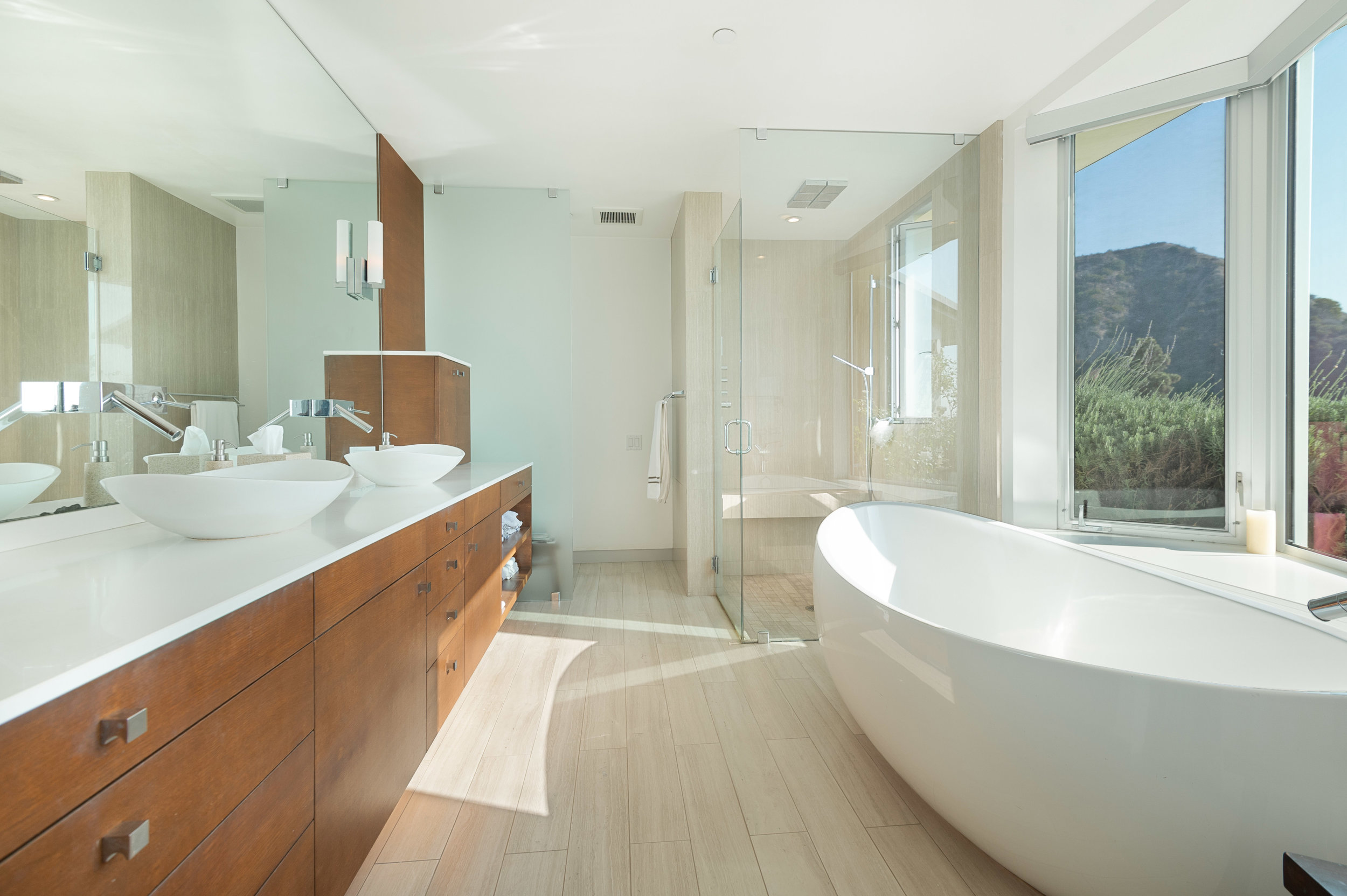Copy of 011.1 Bathroom 20729 Eaglepass For Sale Lease The Malibu Life Team Luxury Real Estate.jpg