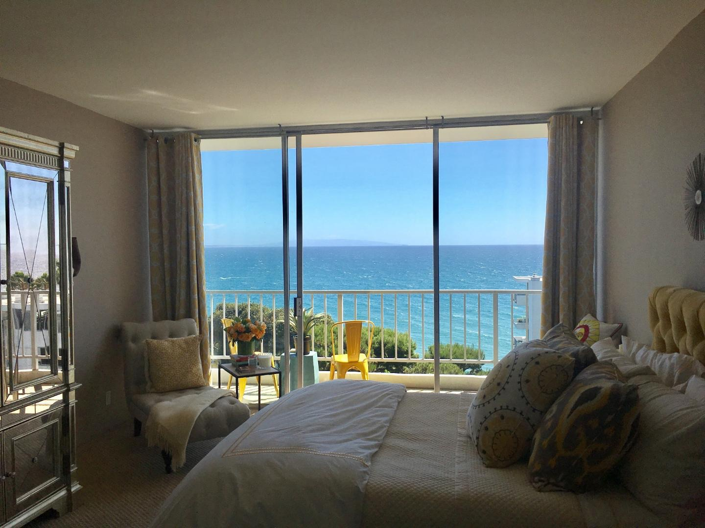 004.1 Furnished 17350 West Sunset Boulevard For Sale Lease The Malibu Life Team Luxury Real Estate.JPG