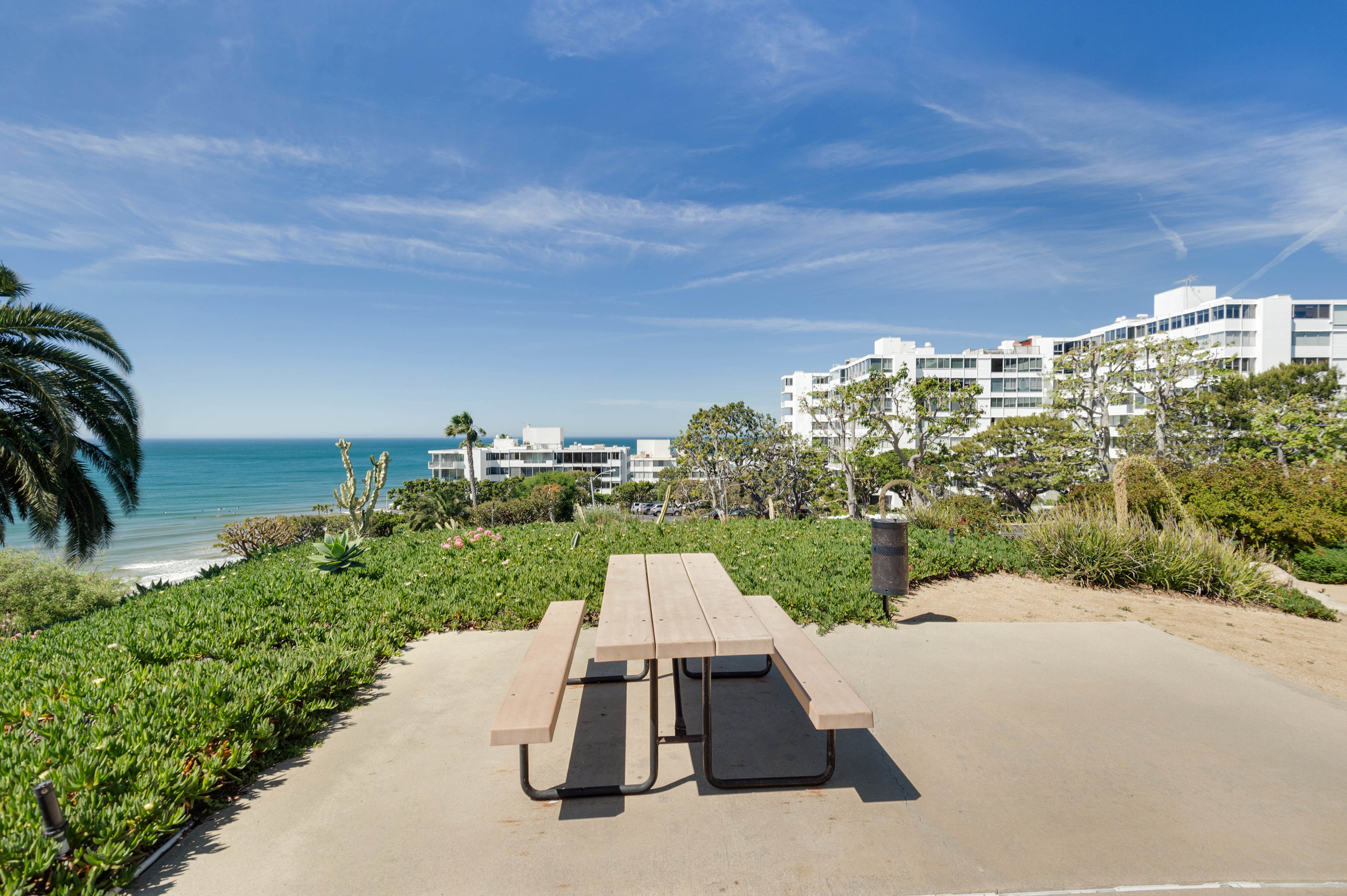 014 Park 17350 West Sunset Boulevard For Sale Lease The Malibu Life Team Luxury Real Estate.jpg