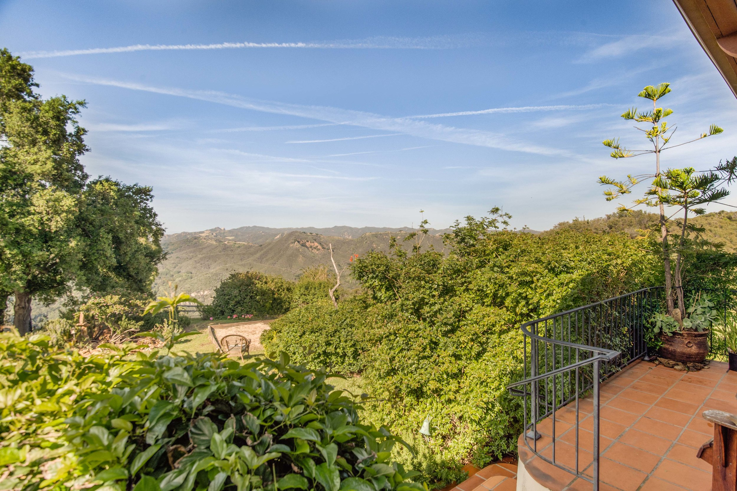 009 Master Balcony 20333 Reigate Road Topanga For Sale Lease The Malibu Life Team Luxury Real Estate.jpg