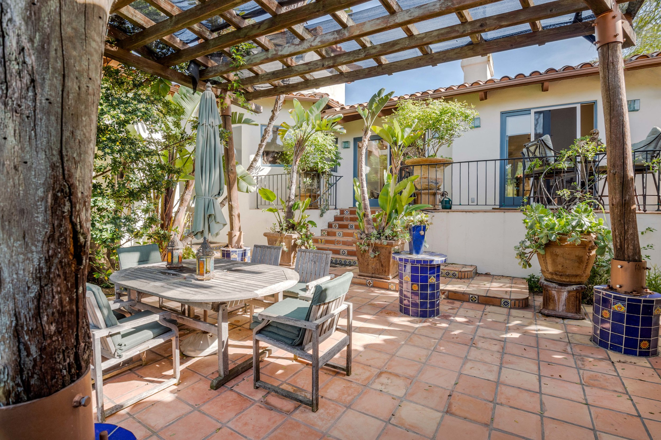 011 Patio 20333 Reigate Road Topanga For Sale Lease The Malibu Life Team Luxury Real Estate.jpg