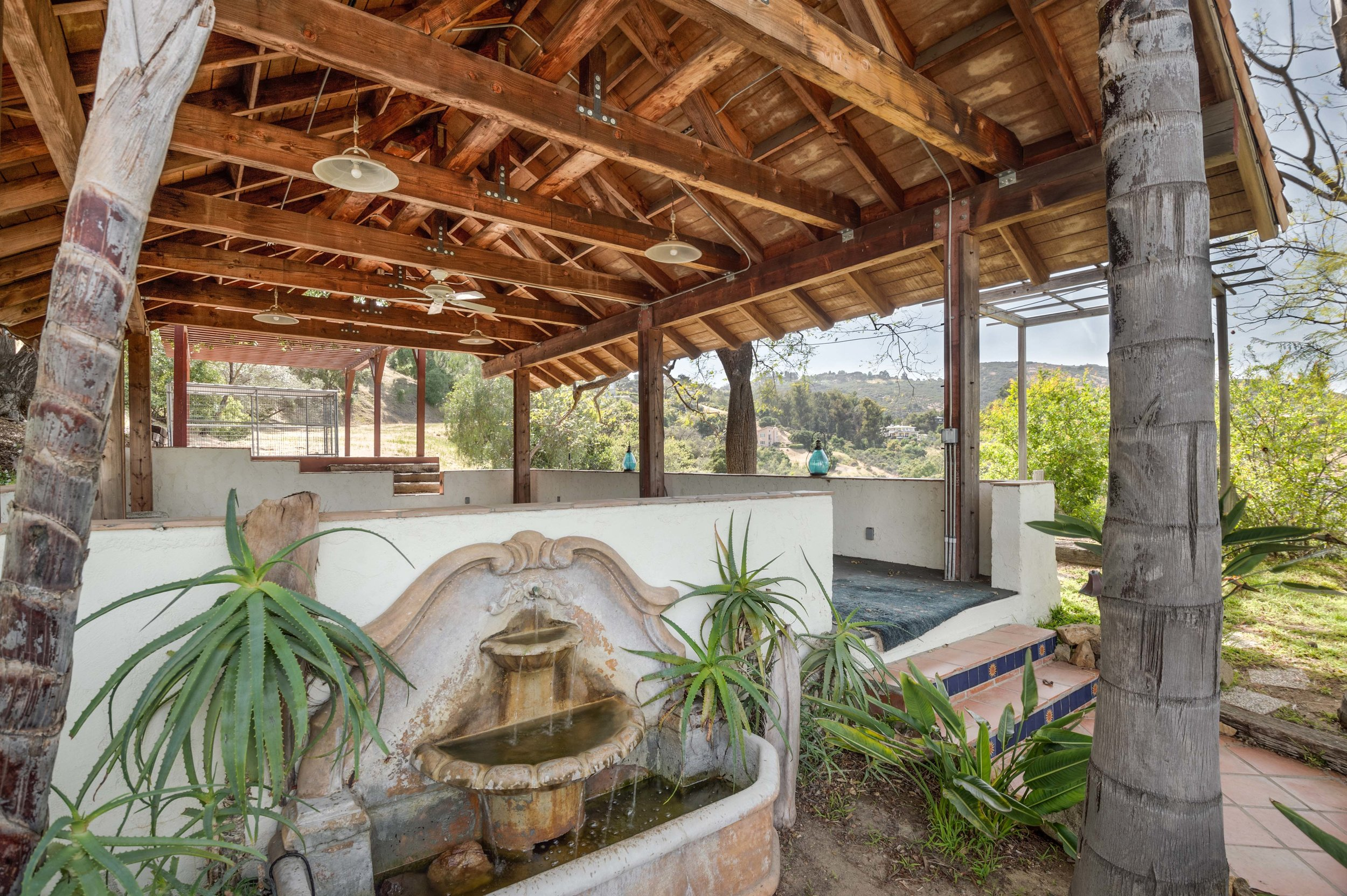 015 20333 Reigate Road Topanga For Sale Lease The Malibu Life Team Luxury Real Estate.jpg