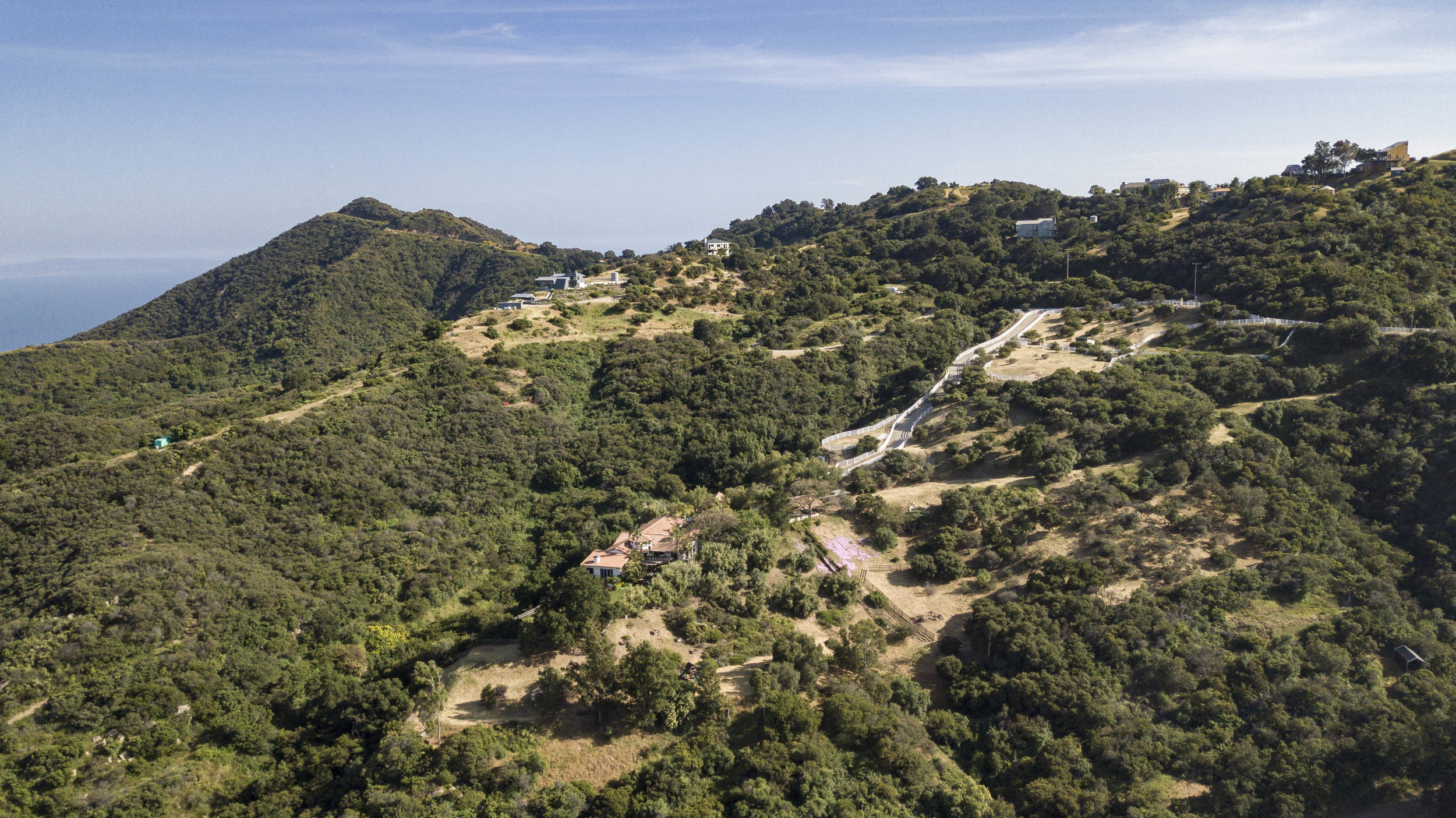 021 Exterior 20333 Reigate Road Topanga For Sale Lease The Malibu Life Team Luxury Real Estate.jpg