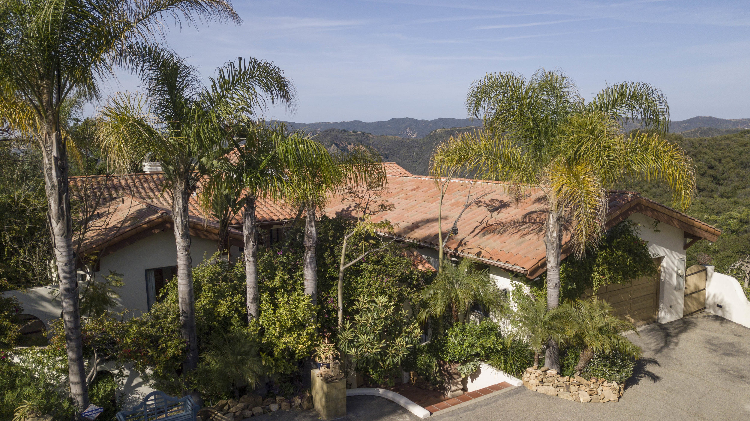022 Front 20333 Reigate Road Topanga For Sale Lease The Malibu Life Team Luxury Real Estate.jpg