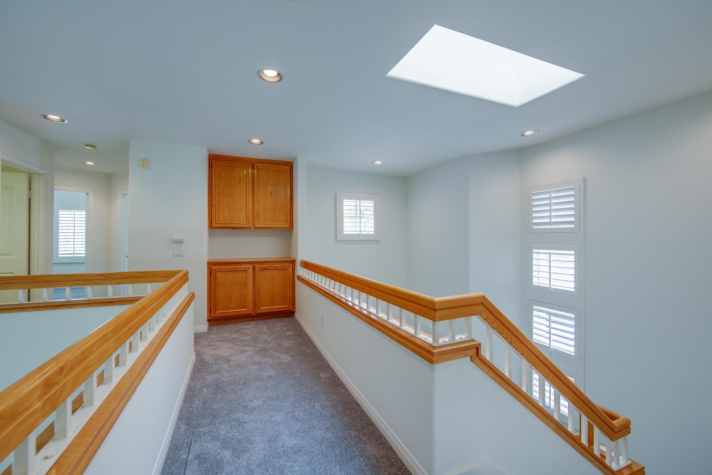 016 Landing 4931 Barbados Court Oak Park For Sale Lease The Malibu Life Team Luxury Real Estate.jpg