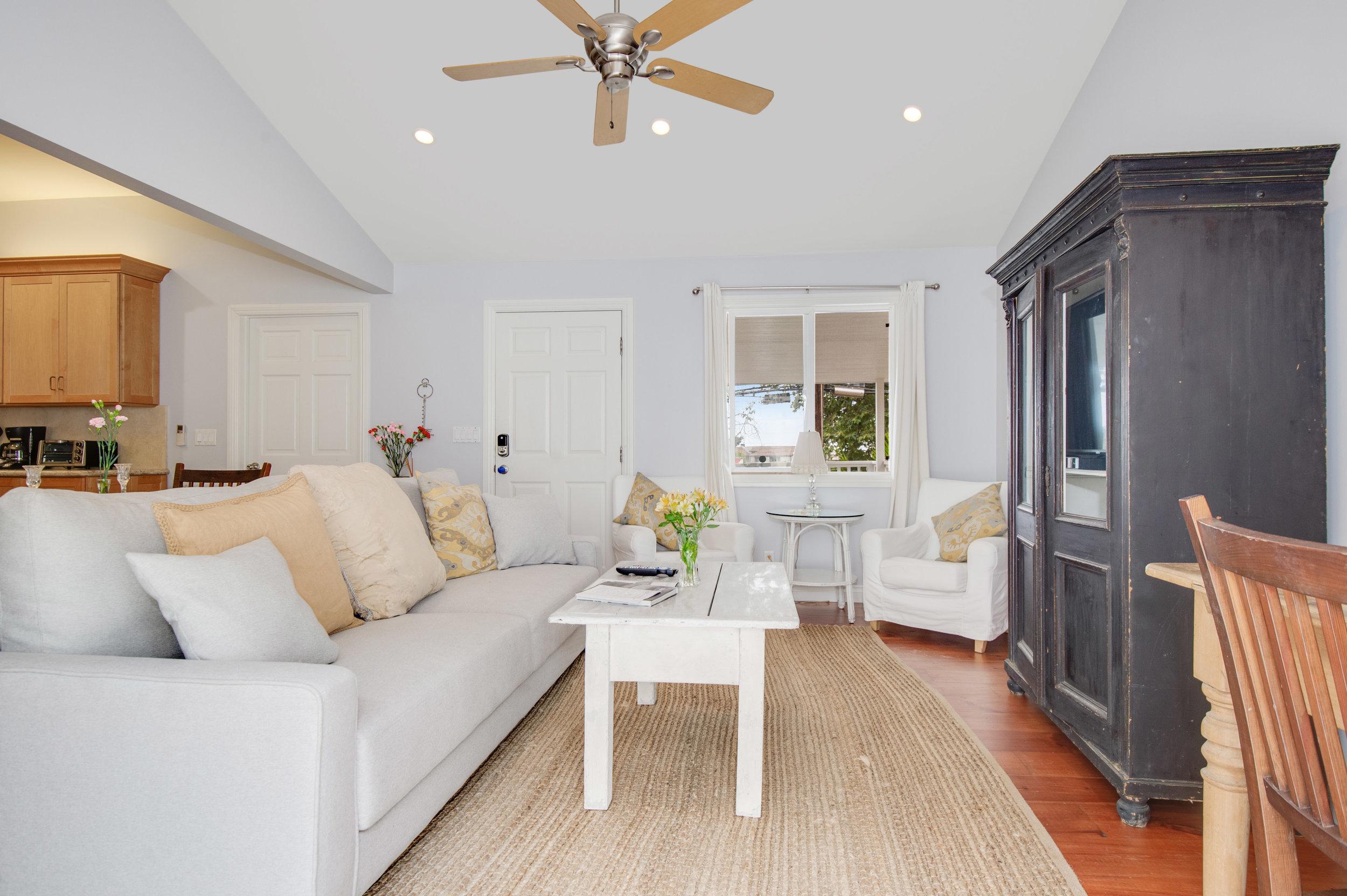 004 Living Room 3950 Las Flores For Sale Lease The Malibu Life Team Luxury Real Estate.jpg