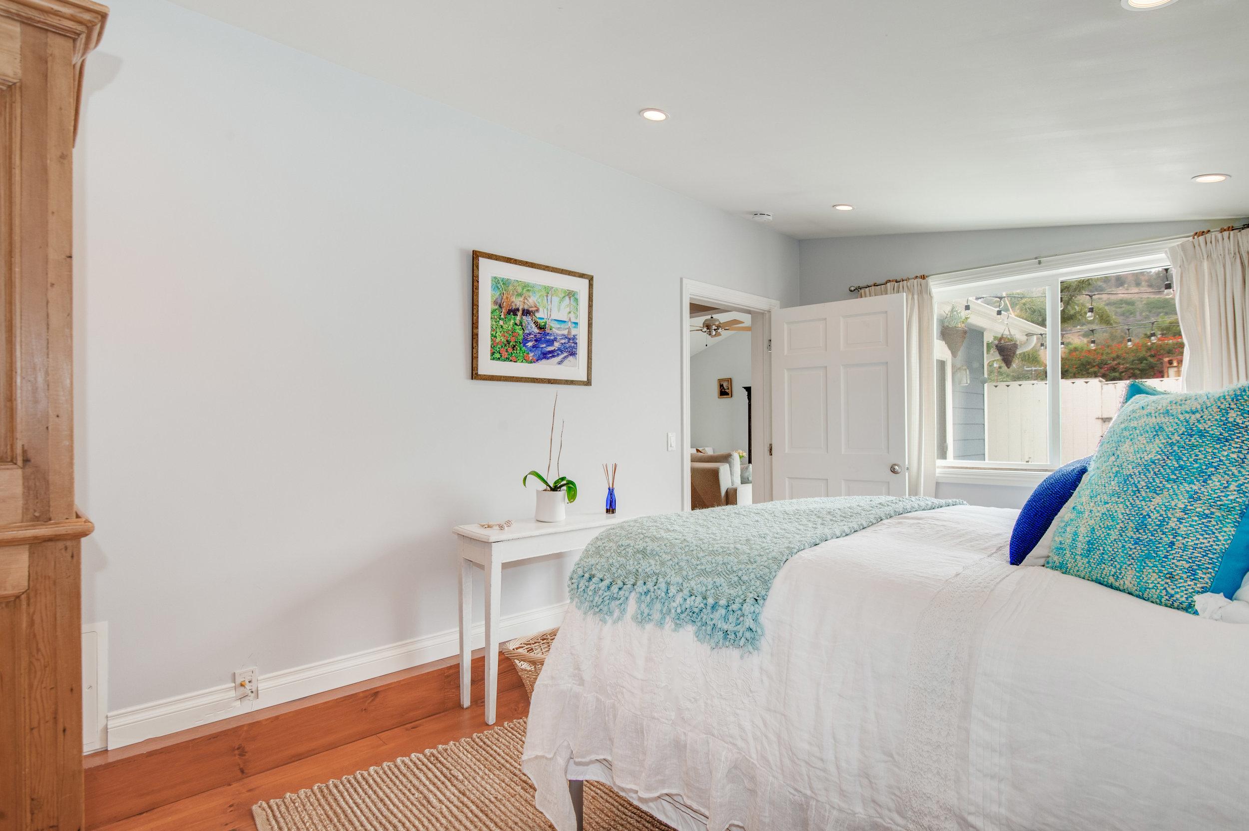 010 Bedroom 3950 Las Flores For Sale Lease The Malibu Life Team Luxury Real Estate.jpg