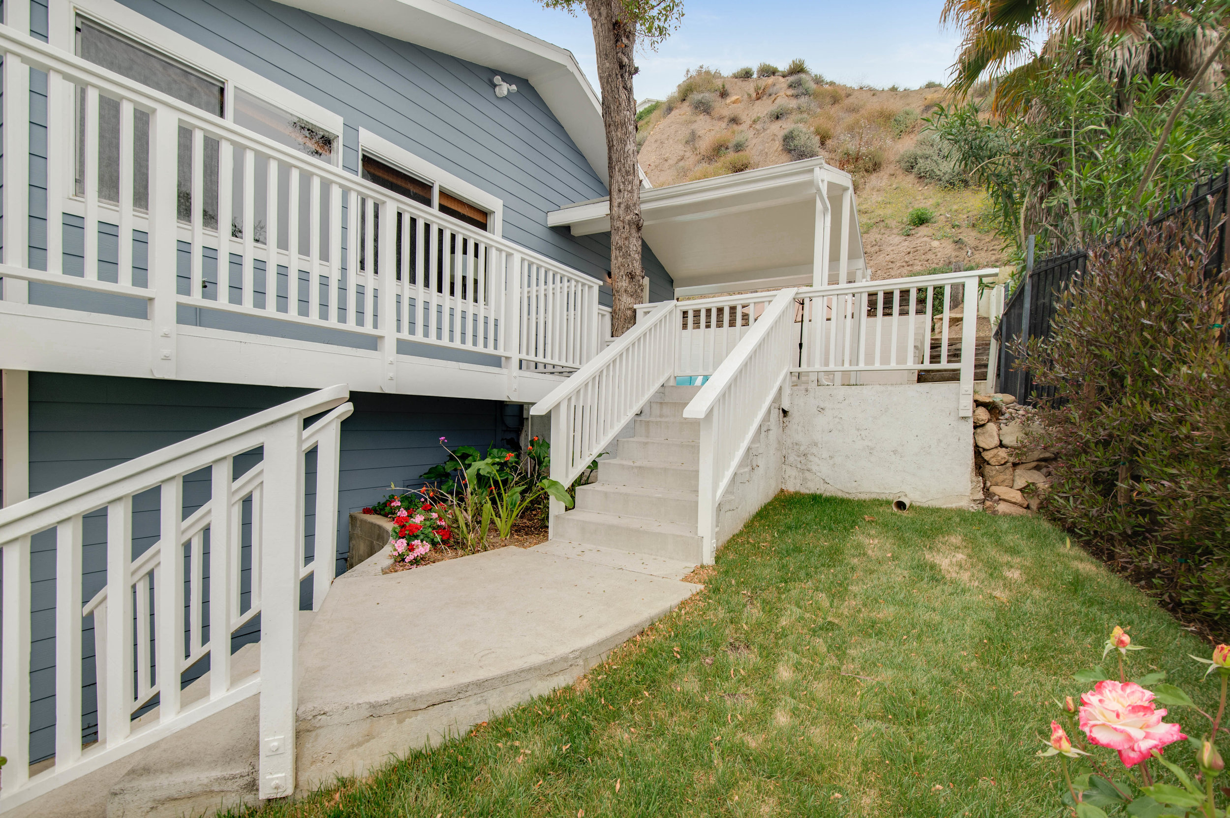 002 Front 3952 Las Flores For Sale Lease The Malibu Life Team Luxury Real Estate.jpg