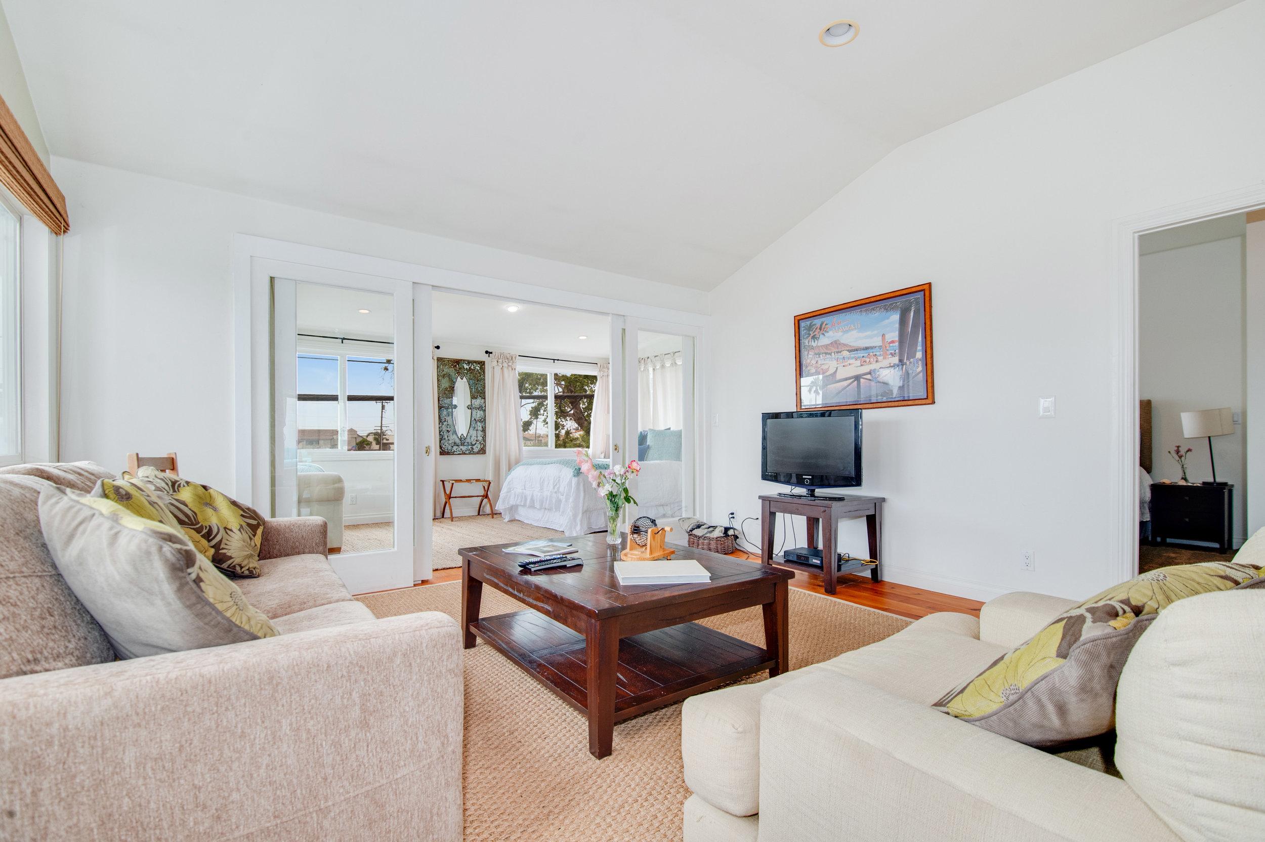 005 Living Room 3952 Las Flores For Sale Lease The Malibu Life Team Luxury Real Estate.jpg