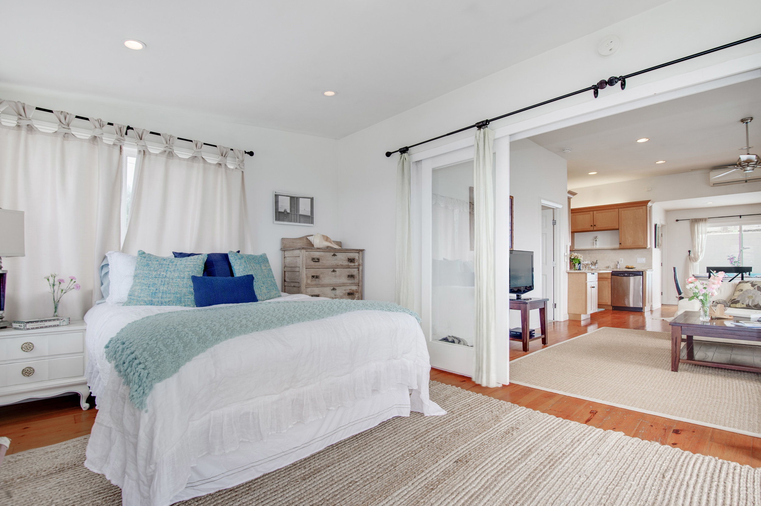 008 Bedroom 3952 Las Flores For Sale Lease The Malibu Life Team Luxury Real Estate.jpg