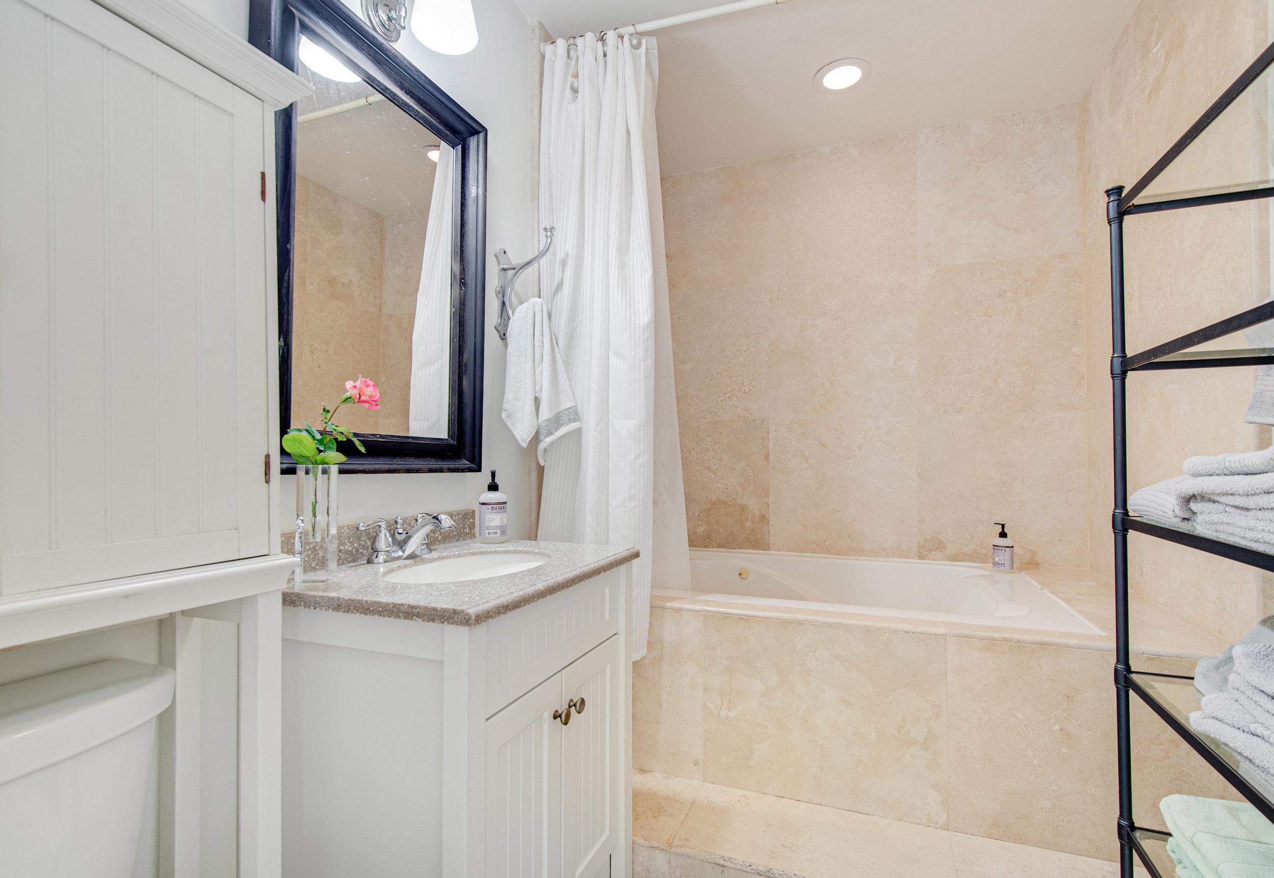 010 Bathroom 3952 Las Flores For Sale Lease The Malibu Life Team Luxury Real Estate.jpg