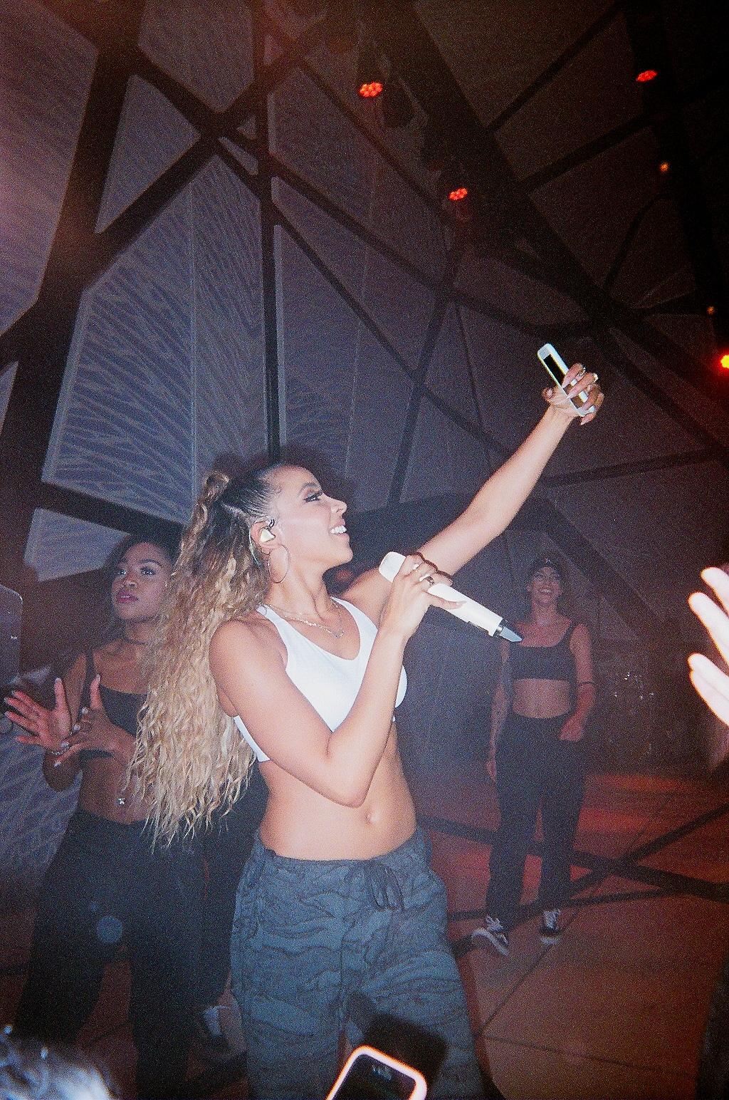 Tinashe - shot by @chrixtophwalsh
