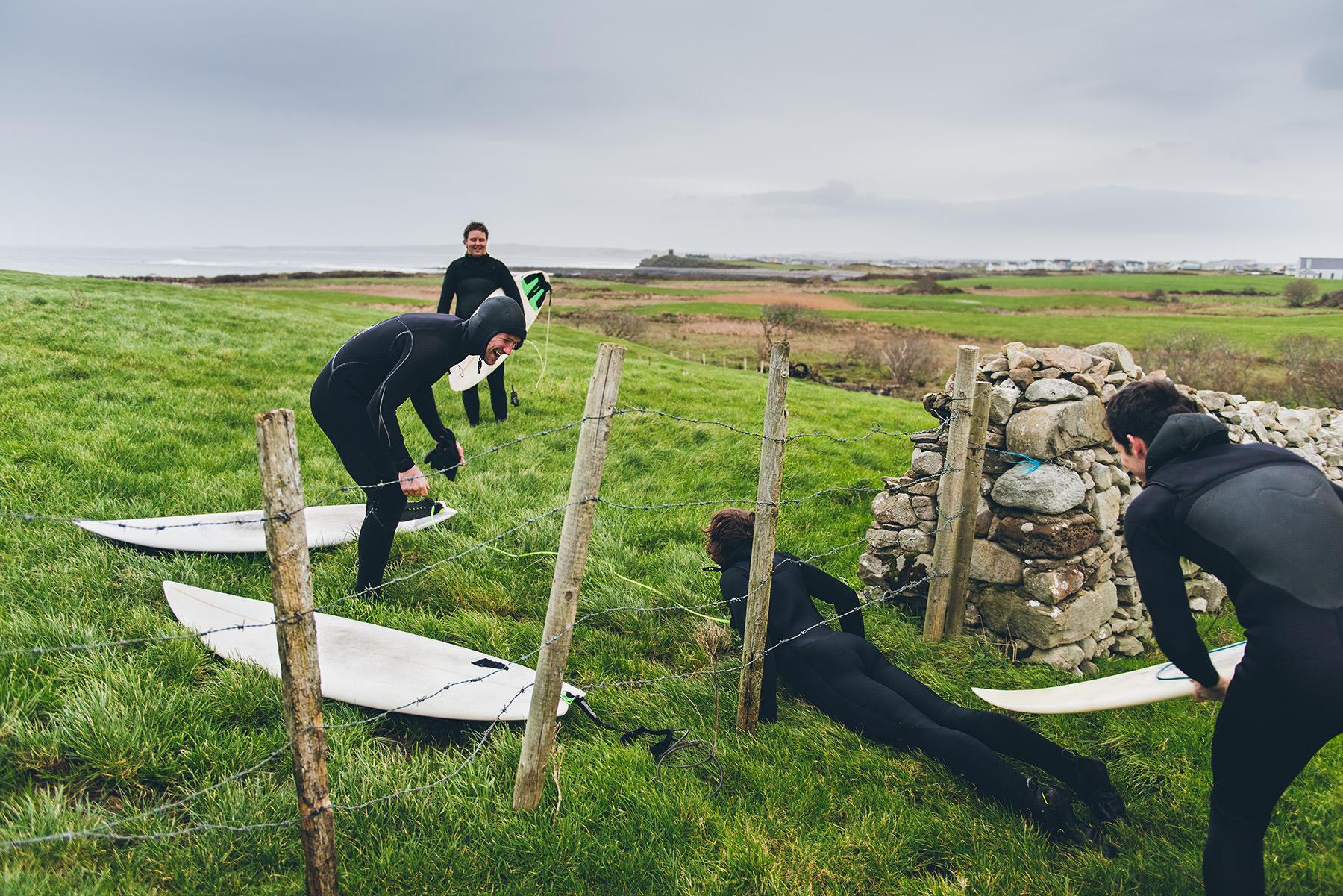 winter-surfing-ireland-sport-adventure-02.jpg