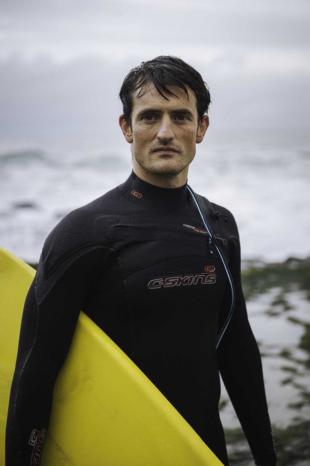 winter-surfing-ireland-sport-adventure-06.jpg