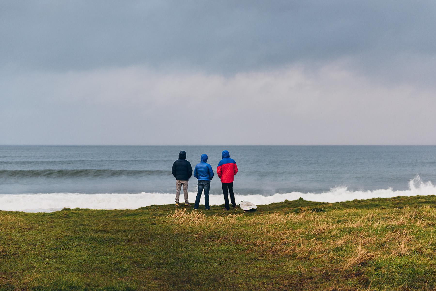 winter-surfing-ireland-sport-adventure-07.jpg