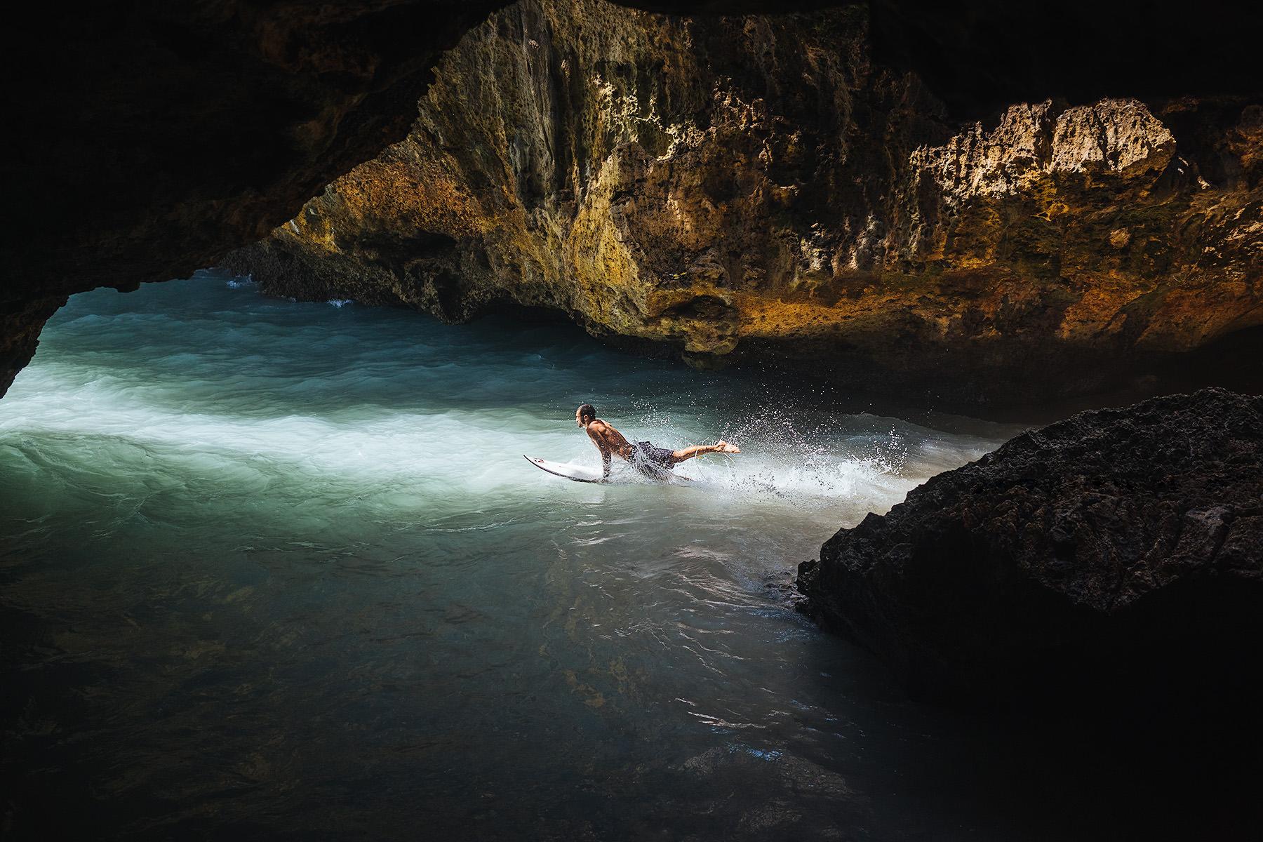 bali-surfing-uluwatu-cave-travel-01.jpg