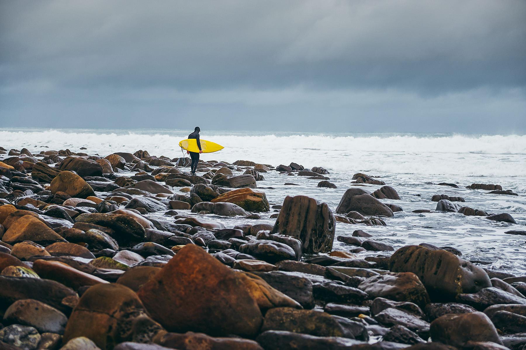 winter-surfing-ireland-sport-adventure-22.jpg