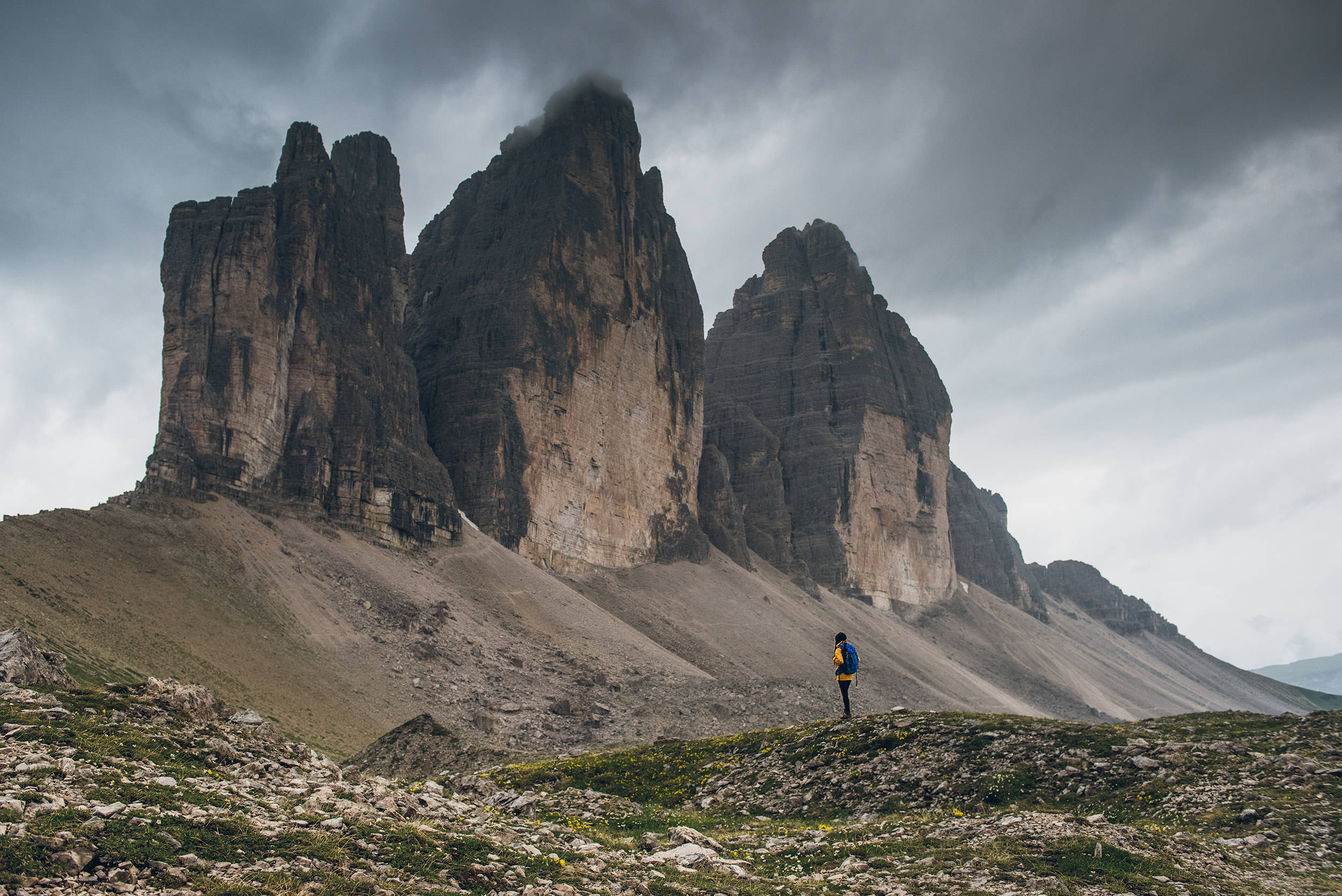 21-outdoor-adventure-mountains-tre-cime-italy-dolomites.jpg