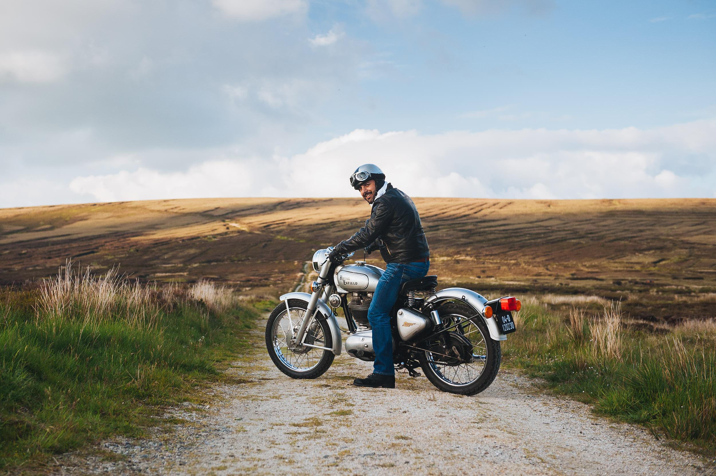 29-outdoor-classic-motorbike-royal-enfield-ireland-wicklow.jpg