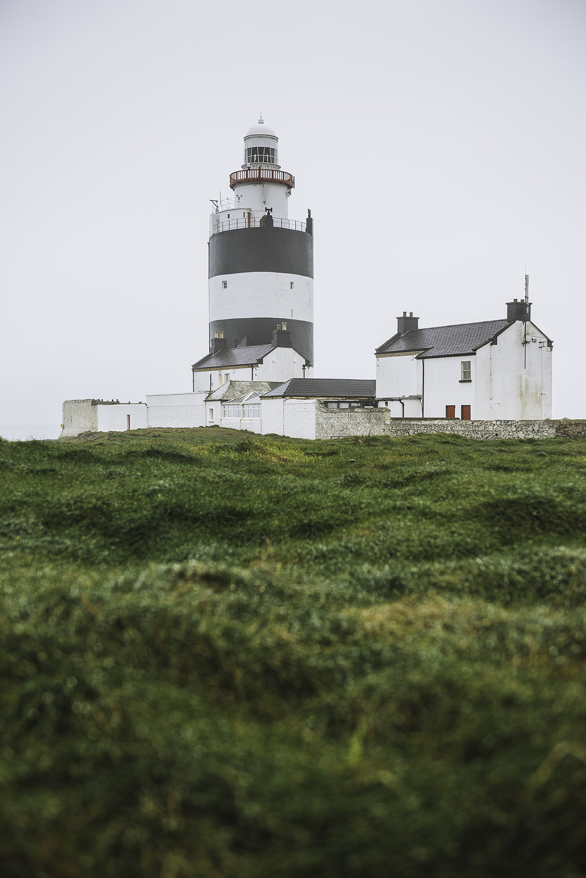 16-travel-ireland-hook-lighthouse-penninsula.jpg