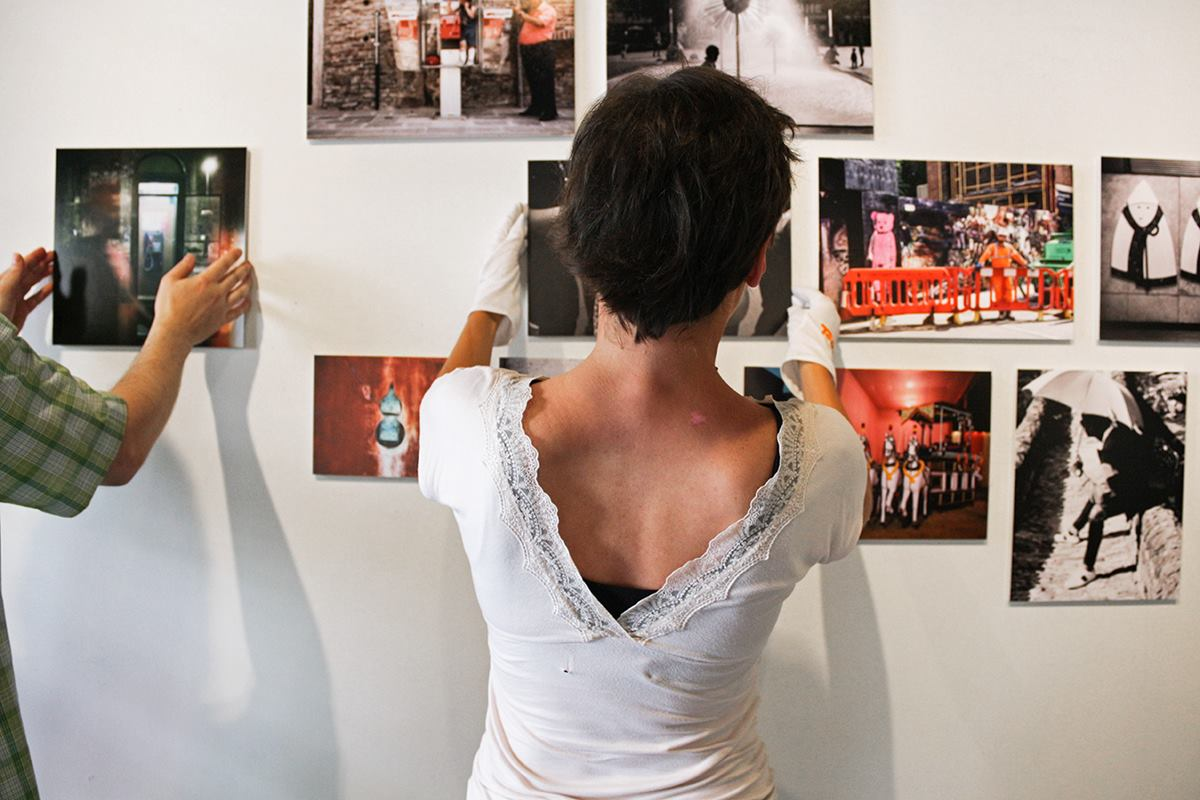 Here are some installation photographs of my photography from the 'Street Photography' exhibition at the PH21 Gallery in Budapest, Hungary. http://www.ph21gallery.com/street