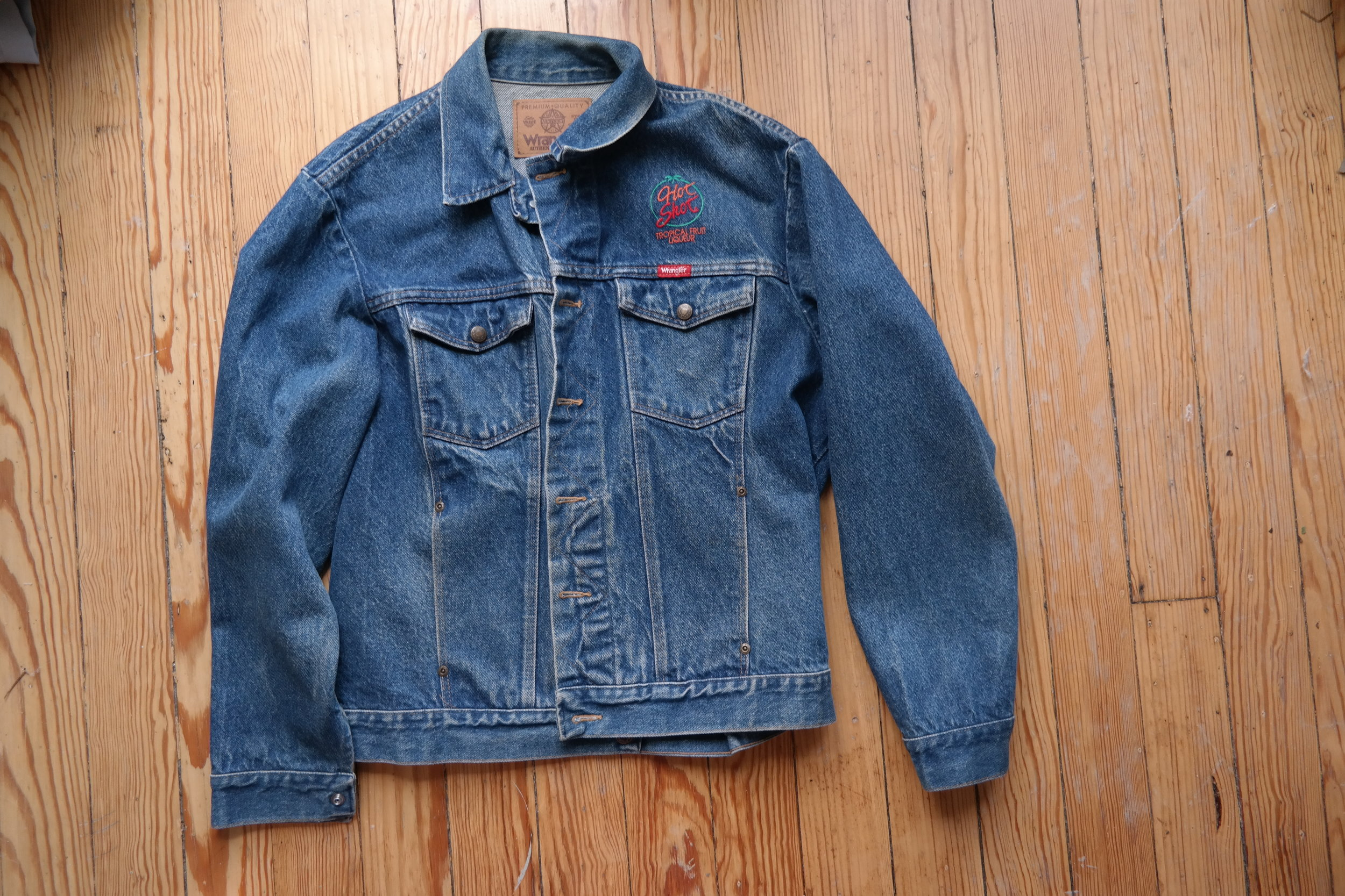 Vintage Wrangler with fun embroidery