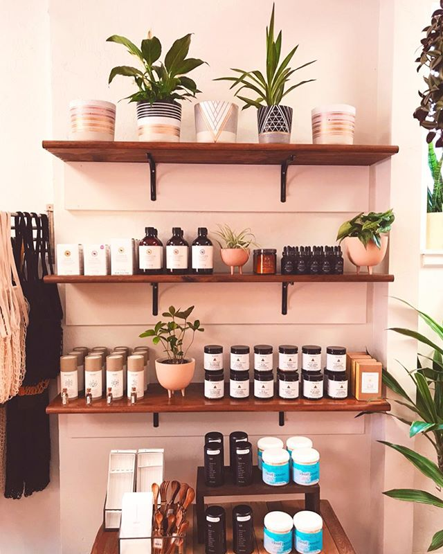 We are excited to introduce another amazing product to our shelves that we've been eyeing for quite some time - @woodenspoonherbs 🌿 Wooden Spoon Herbs is an amazing line of tinctures and powders made by the loving hands of Lauren, the founder and herbalist behind this wonderful company. These magical products are part of a small-batch herbal apothecary line from the rich mountains of northern Georgia, in a cabin in the woods. Rather than tap into the booming global herb trade, where herbs are imported from myriad countries and travel countless miles,WSH products are thoughtfully made with American-grown herbs, sourced directly from the farmers that grow them. Wooden Spoon Herbs aims to inspire and empower our community to take self-care into their own hands in a very real and connected way. Check out our favorites we chose to carry at B+L and explore the magic of herbalism.