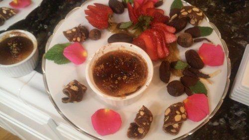 platter choc fruits creame brulle.jpg