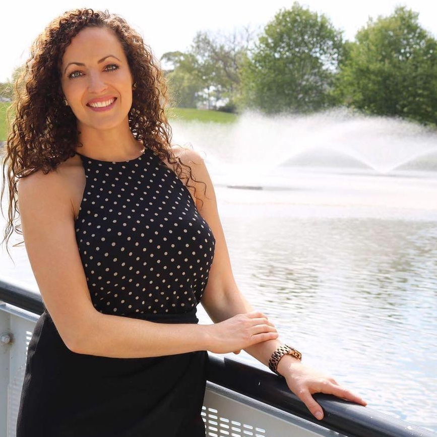 Karolyn Zinetti // Health Entrepreneur & Woman's Empowerment Coach