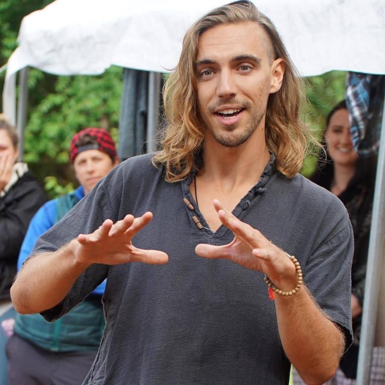 Kevin Oroszlán  // Chief Shamanic Officer of Mystic Misfit, Yoga Teacher & Poet