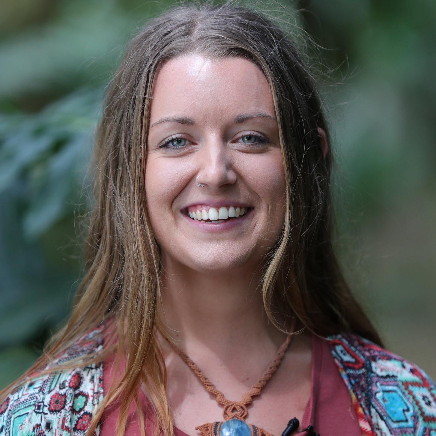 Abby Kneipp  // World Traveller, Truth Seeker & Wild Woman