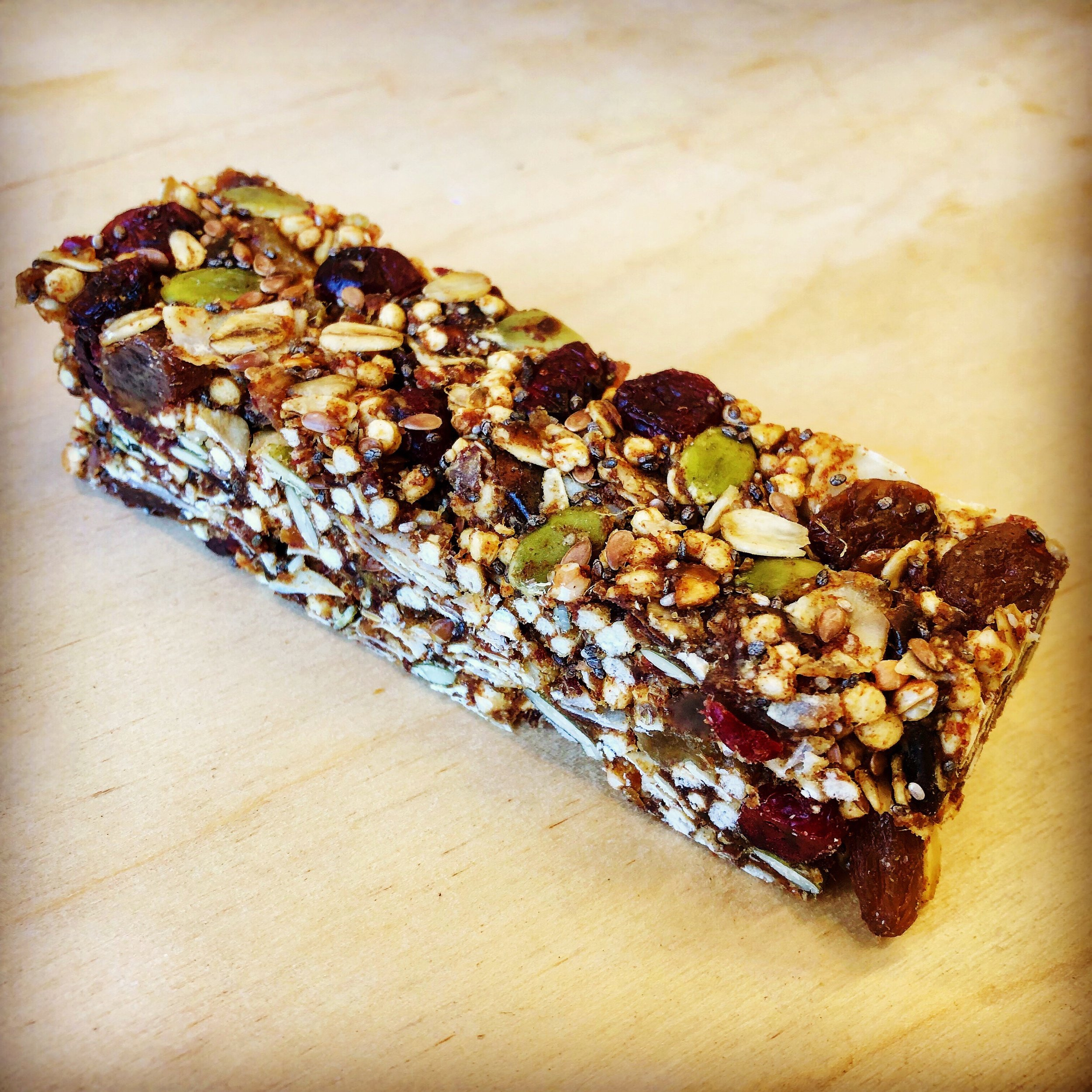 Vegan & gluten free energy bar