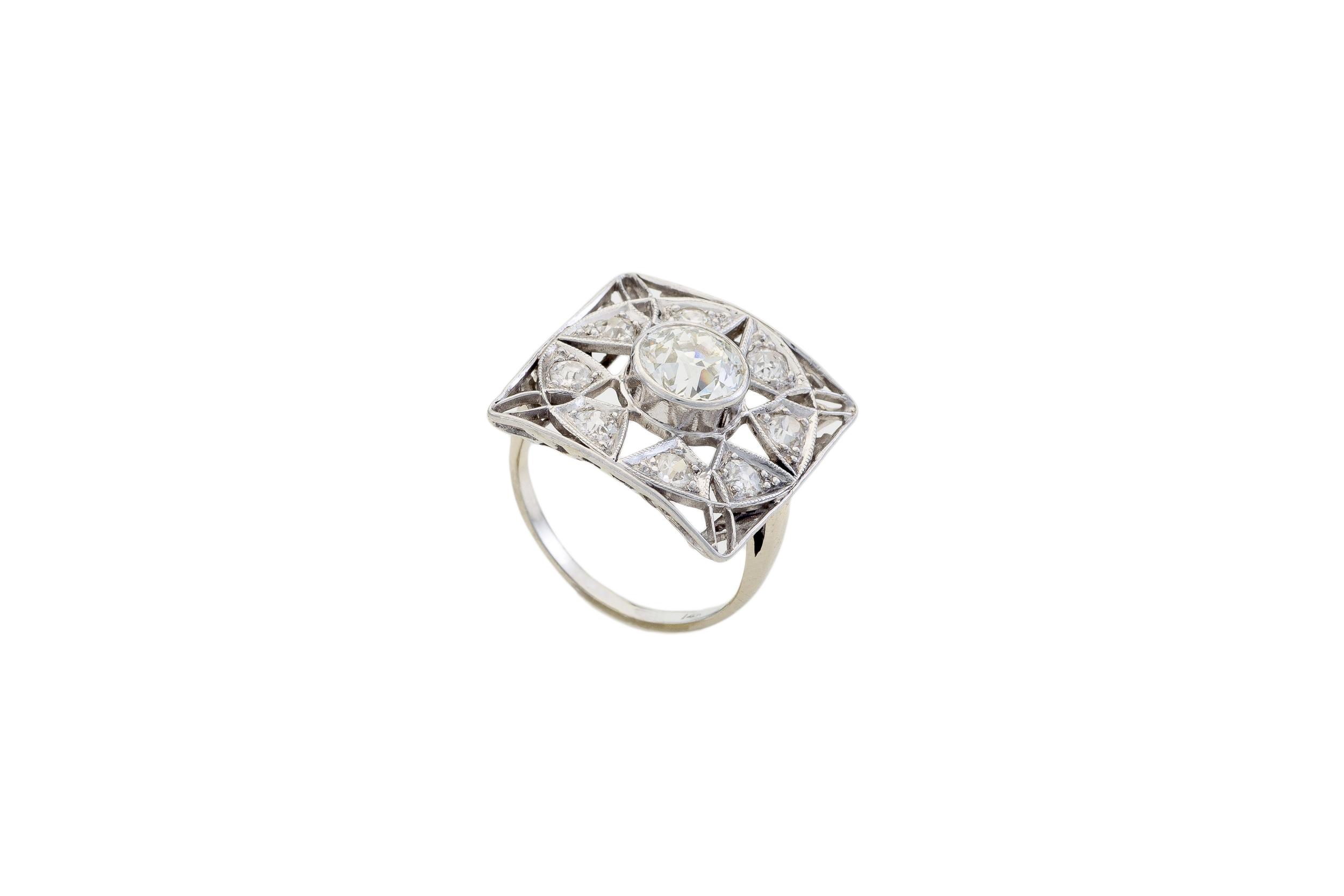 Villa Jewelers 12-4-15-499_PS_-2.jpg