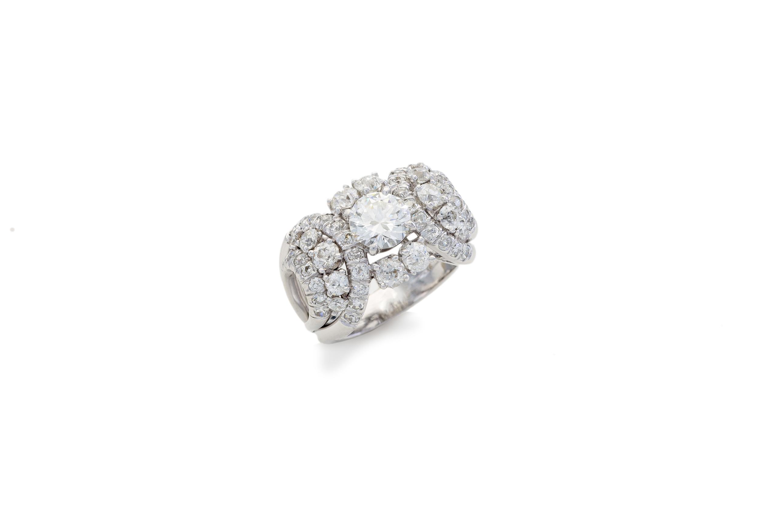 Villa Jewelers 12-4-15-489_PS_-2.jpg