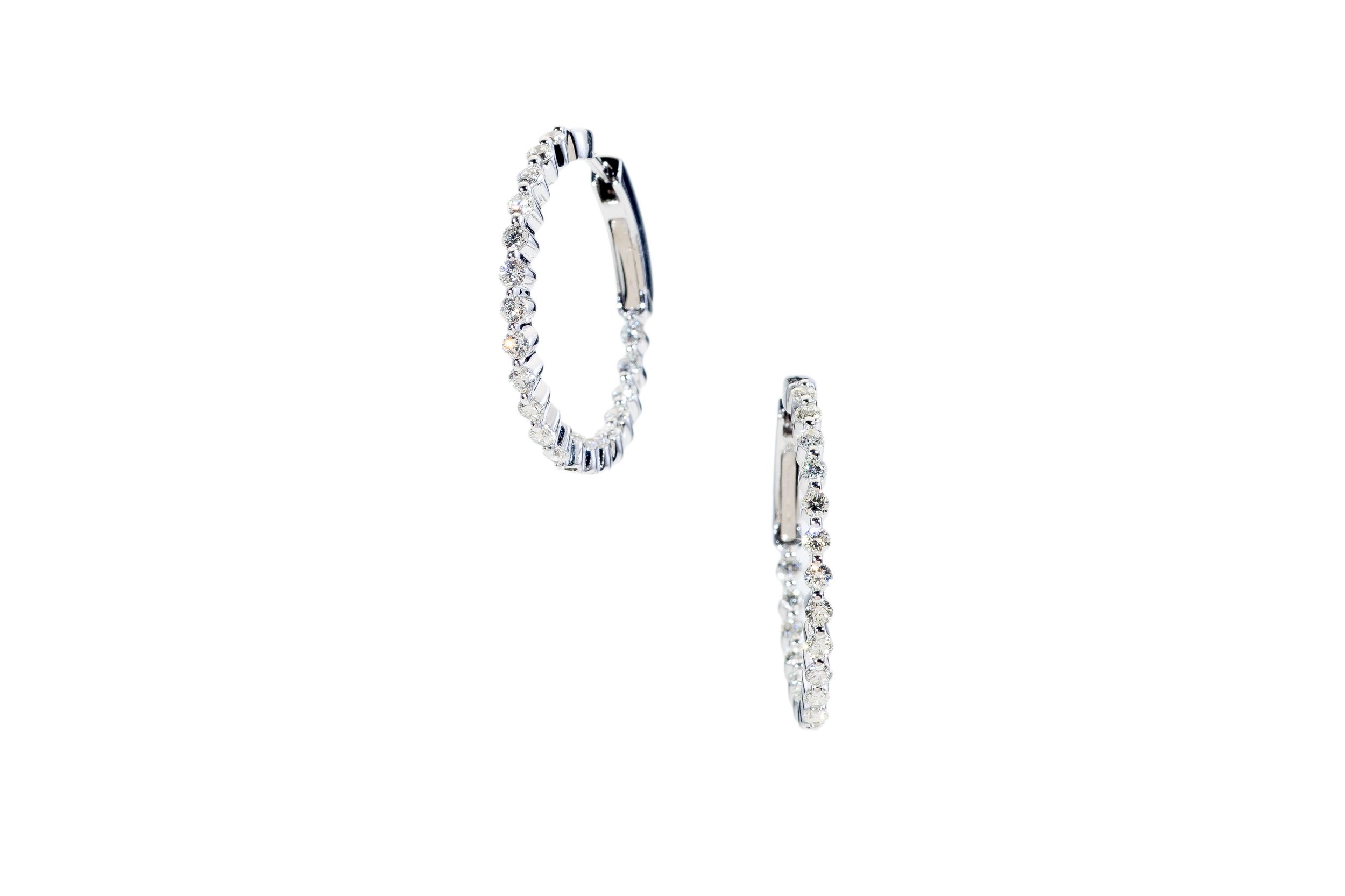 Villa Jewelers 12-4-15-540_PS_-2.jpg