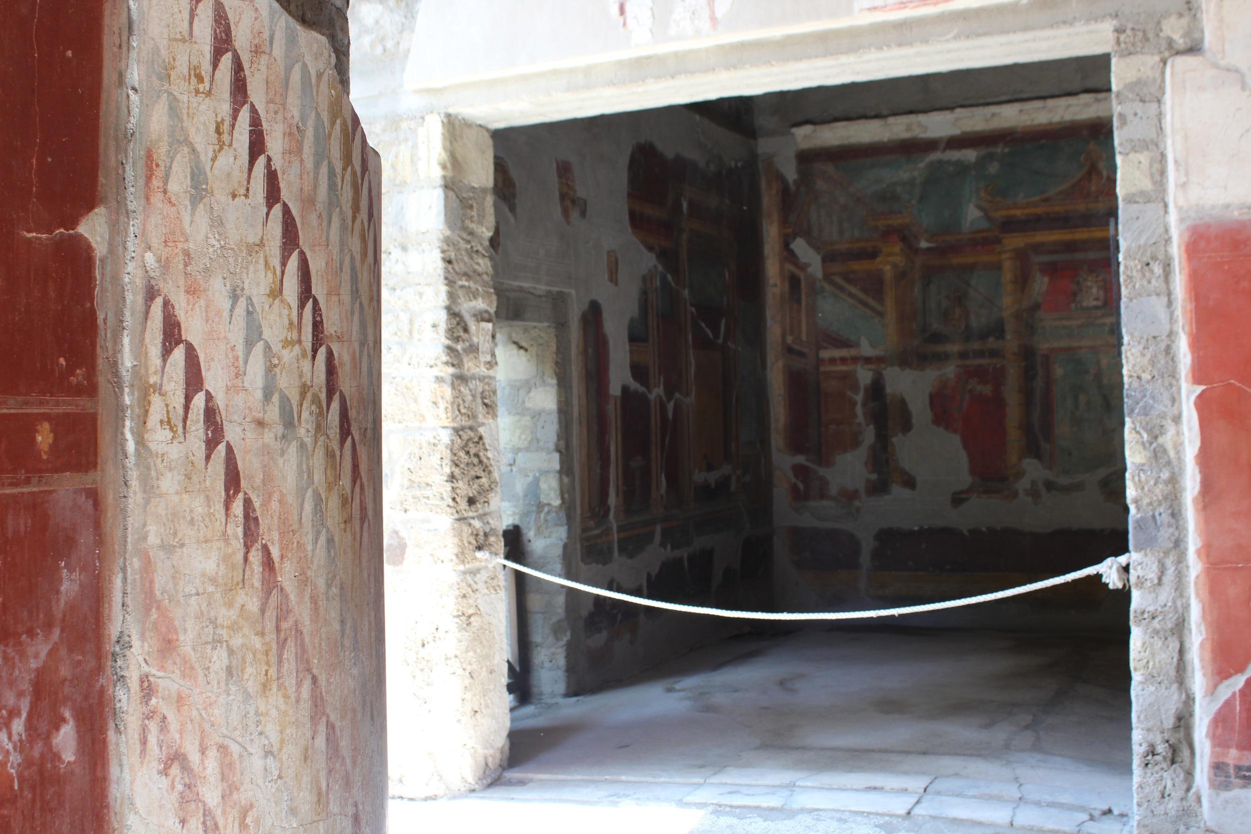 Roman frescoes at Villa Oplontis