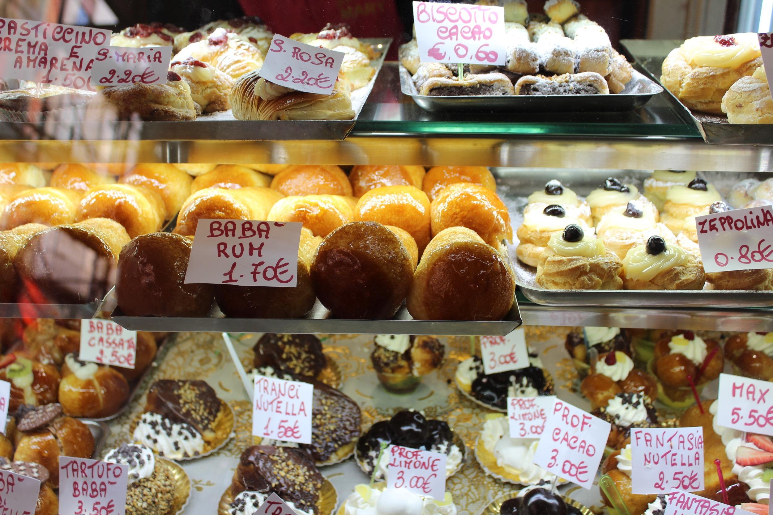 Neapolitan pastries