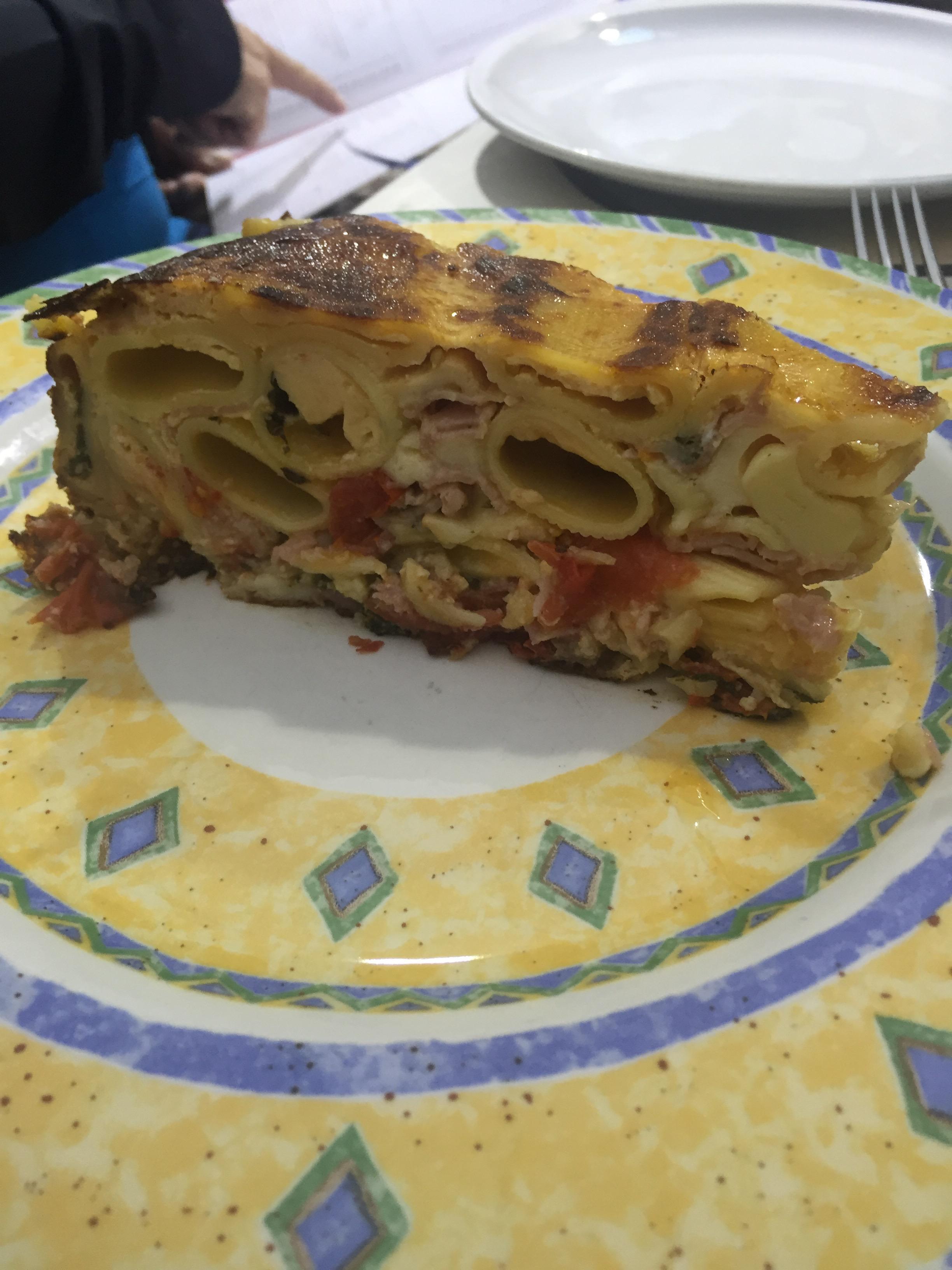Frittata di maccheroni at Ristorante Mattozzi in Naples.
