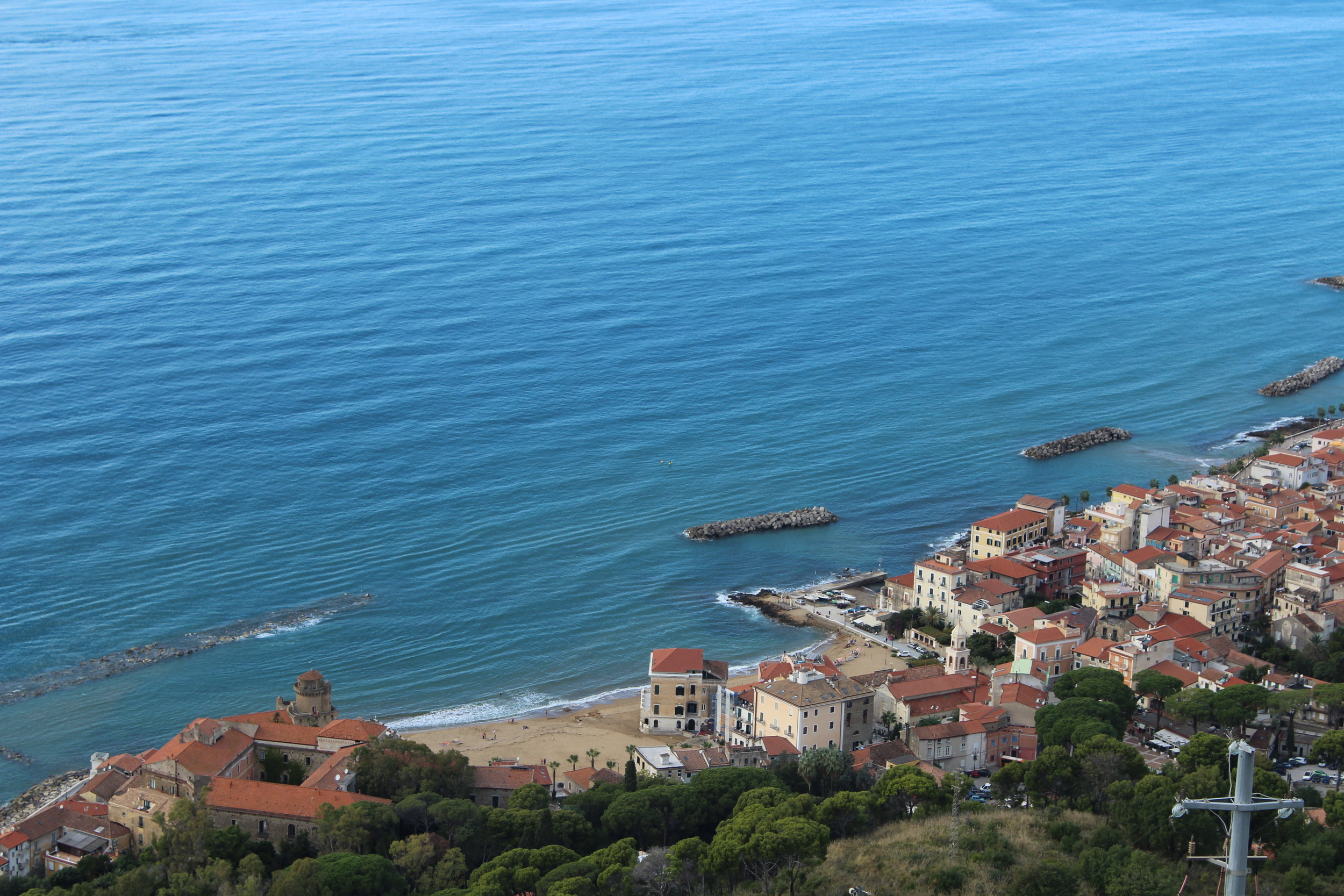 View of the beach from Borgo Castellabate's main piazza