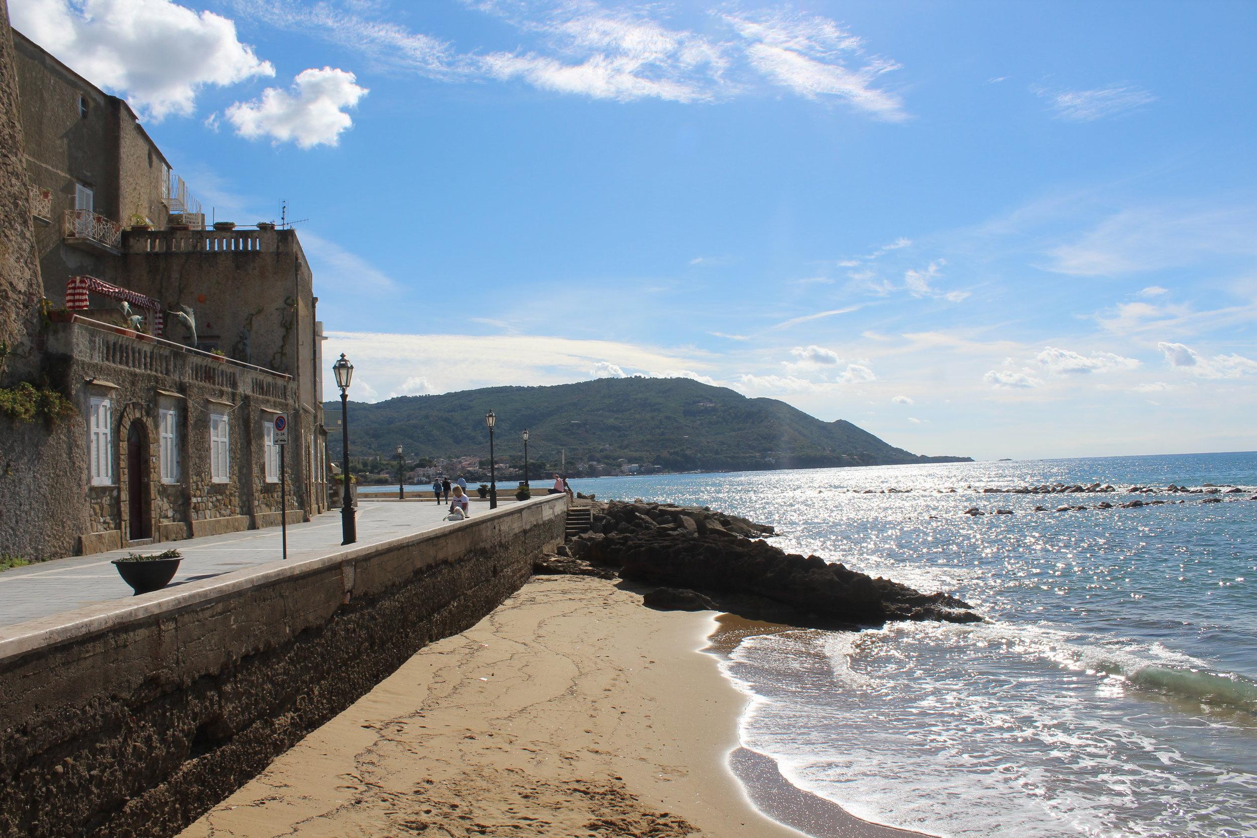 The seaside promenade in Santa Maria di Castellabate in front of Palazzo Belmonte.